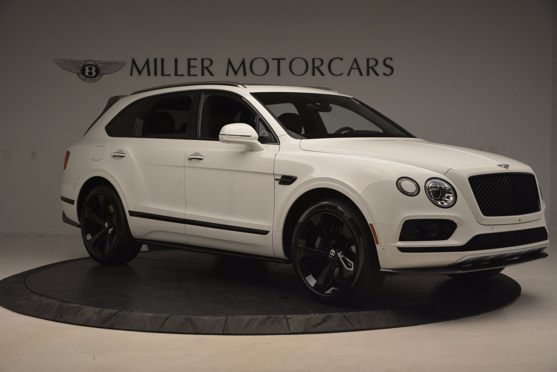 New 2018 Bentley Bentayga Black Edition For Sale In Greenwich, CT. Alfa Romeo of Greenwich, B1265 1221_p10