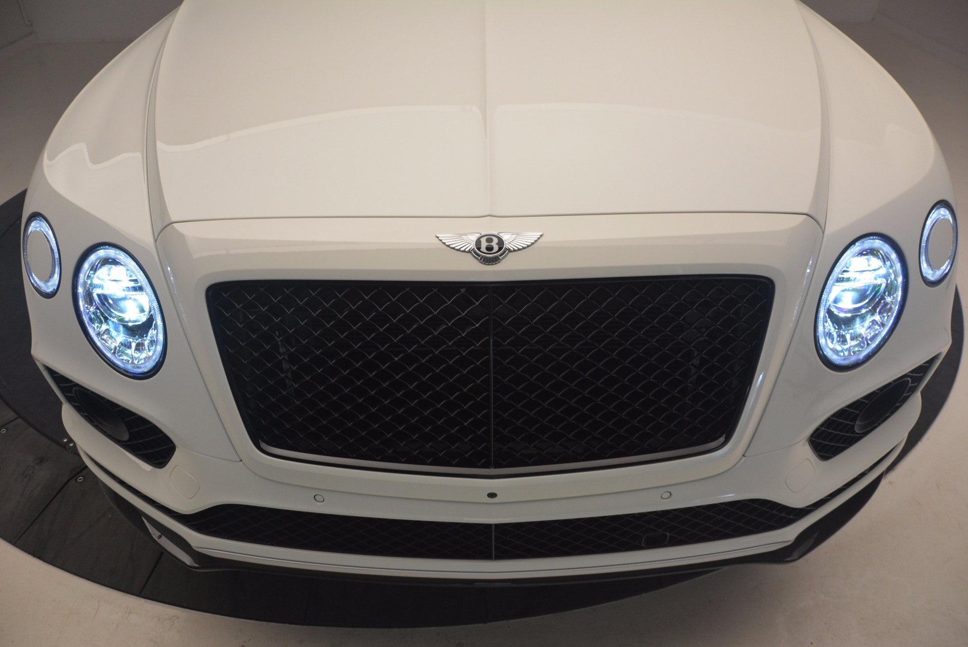 New 2018 Bentley Bentayga Black Edition For Sale In Greenwich, CT. Alfa Romeo of Greenwich, B1265 1221_p14