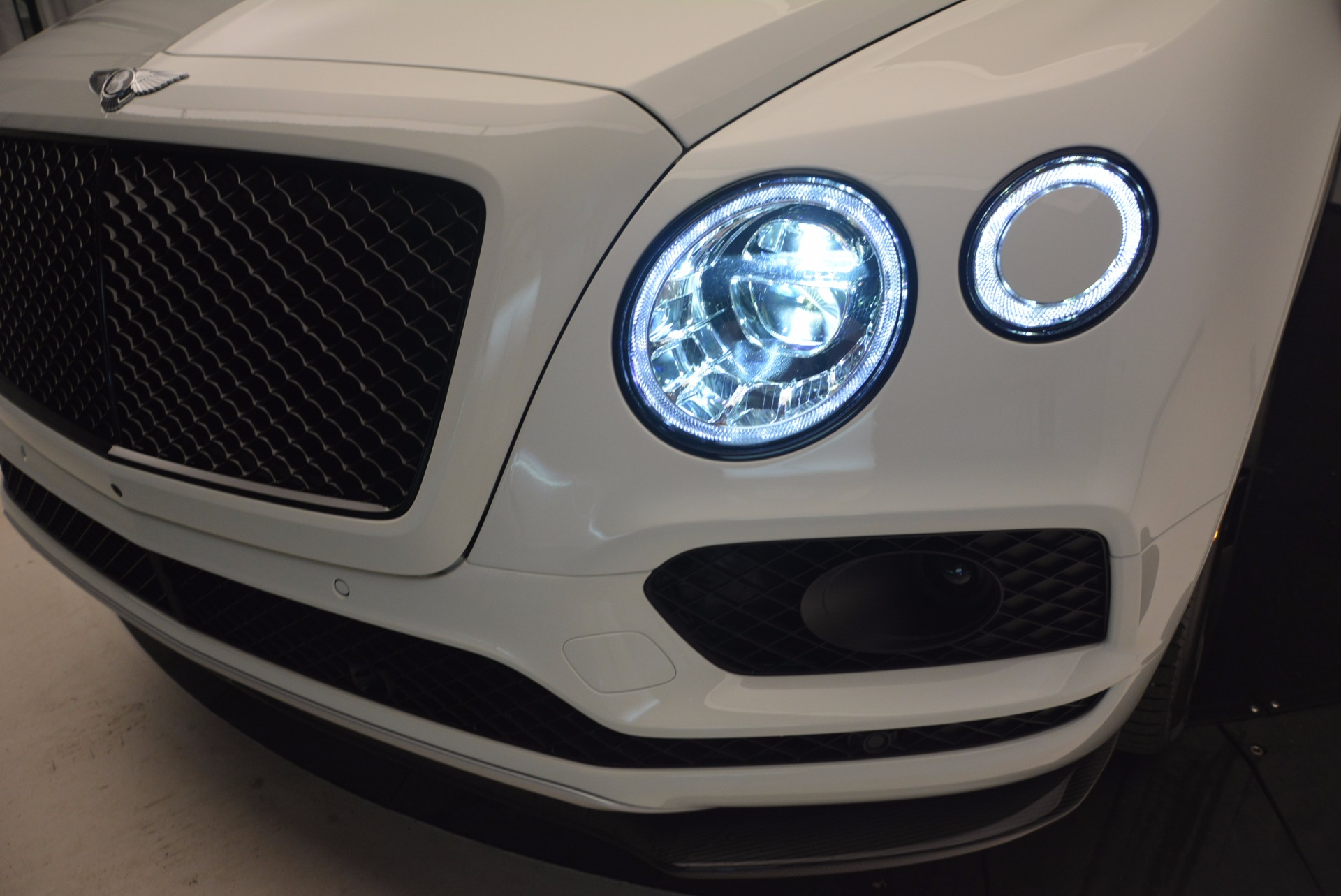 New 2018 Bentley Bentayga Black Edition For Sale In Greenwich, CT. Alfa Romeo of Greenwich, B1265 1221_p16