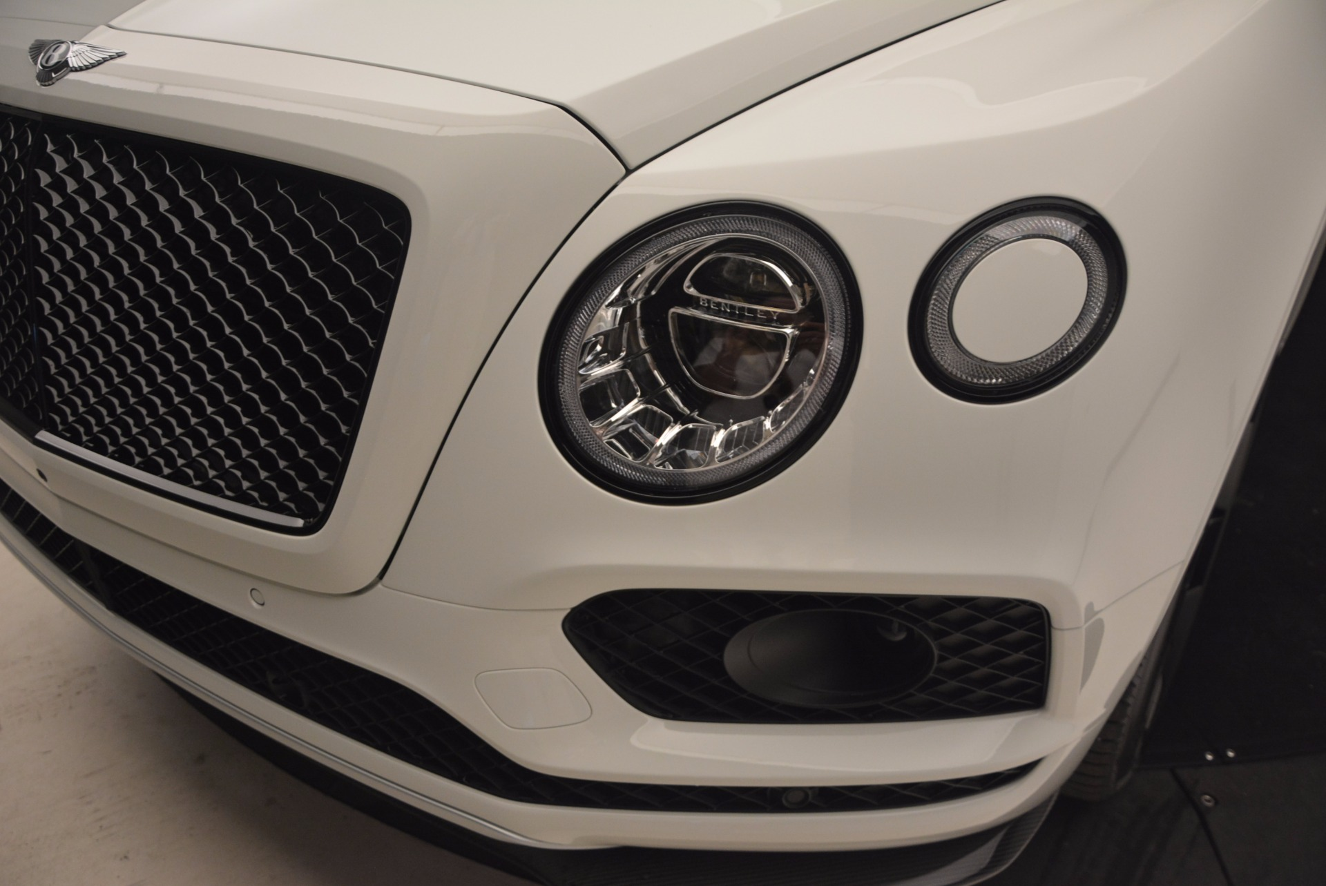 New 2018 Bentley Bentayga Black Edition For Sale In Greenwich, CT. Alfa Romeo of Greenwich, B1265 1221_p17