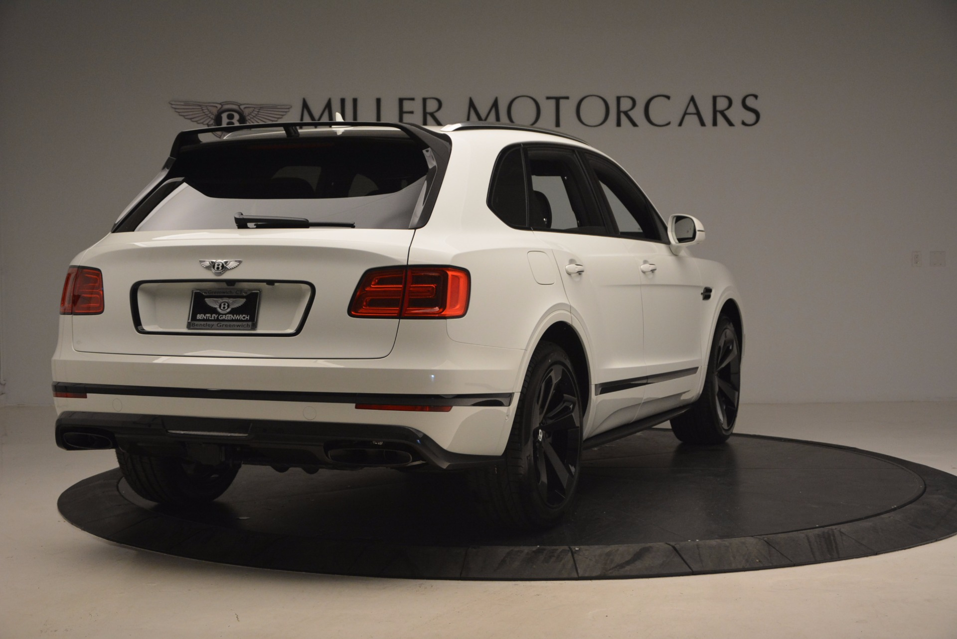 New 2018 Bentley Bentayga Black Edition For Sale In Greenwich, CT. Alfa Romeo of Greenwich, B1265 1221_p7