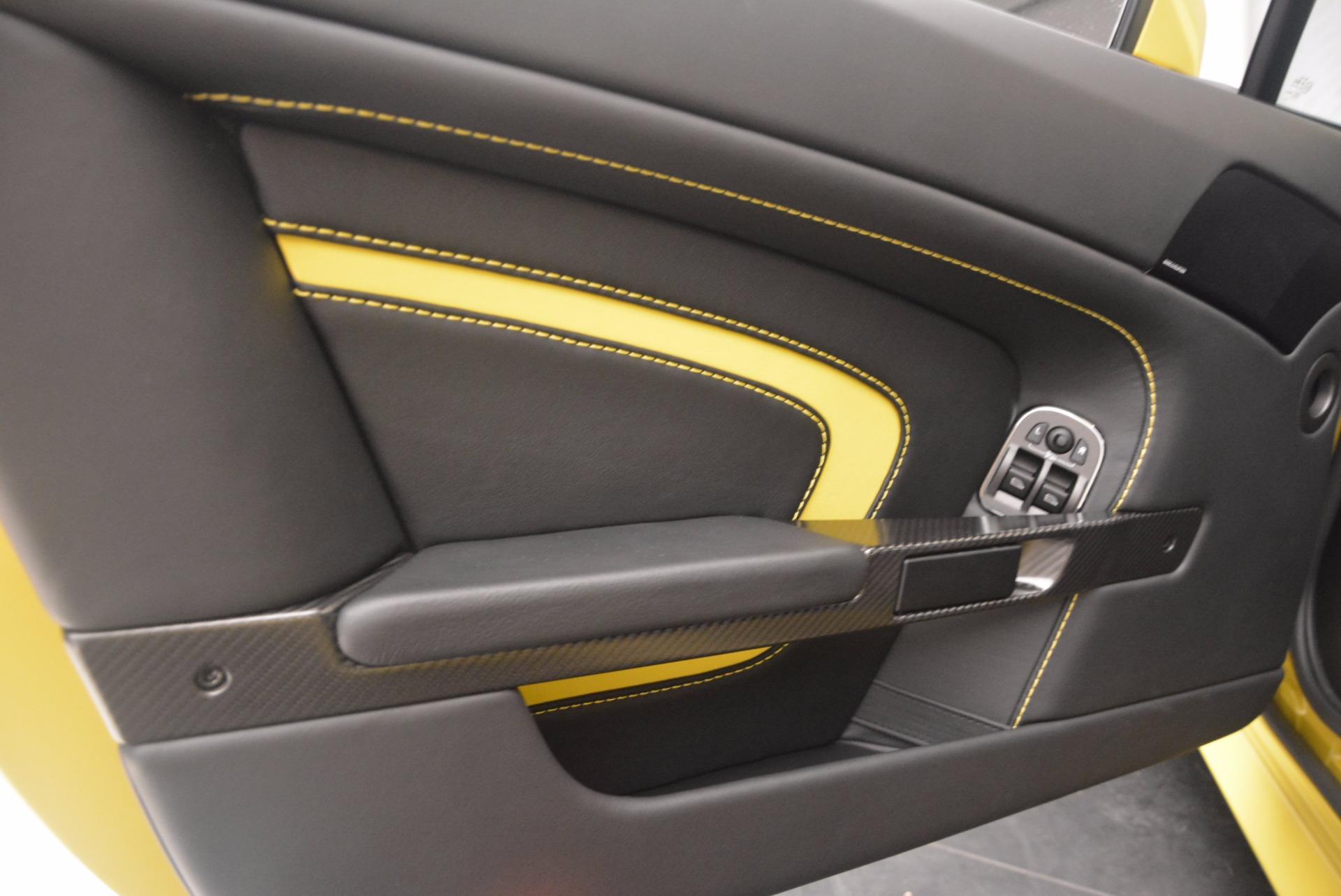 New 2017 Aston Martin V12 Vantage S  For Sale In Greenwich, CT. Alfa Romeo of Greenwich, A1202 1224_p15