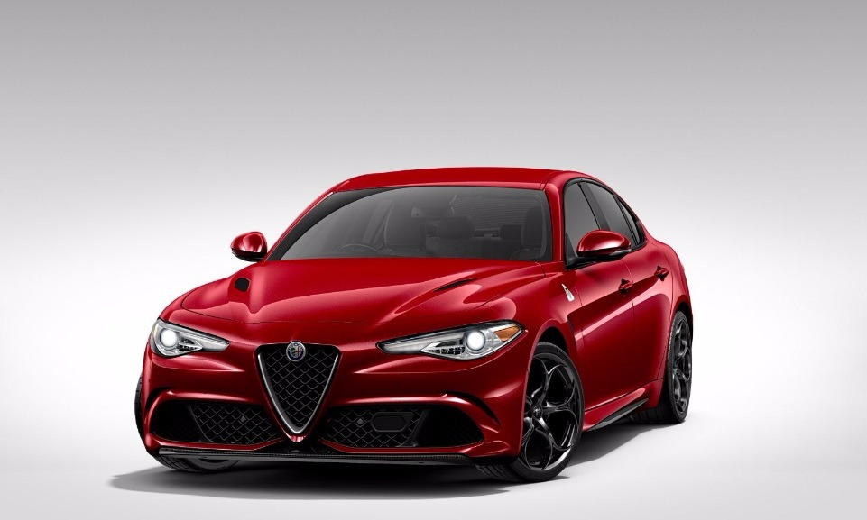 New 2017 Alfa Romeo Giulia Quadrifoglio Quadrifoglio For Sale In Greenwich, CT. Alfa Romeo of Greenwich, L116 1225_main
