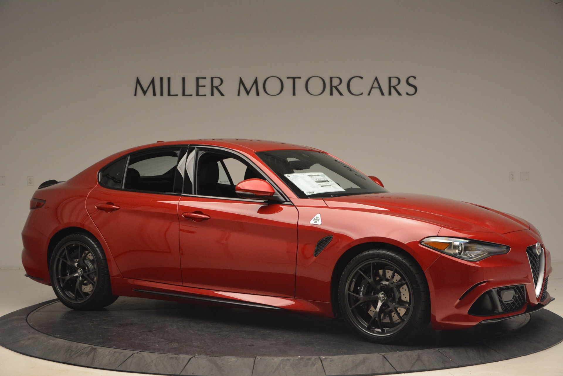 New 2017 Alfa Romeo Giulia Quadrifoglio Quadrifoglio For Sale In Greenwich, CT. Alfa Romeo of Greenwich, L115 1226_p10
