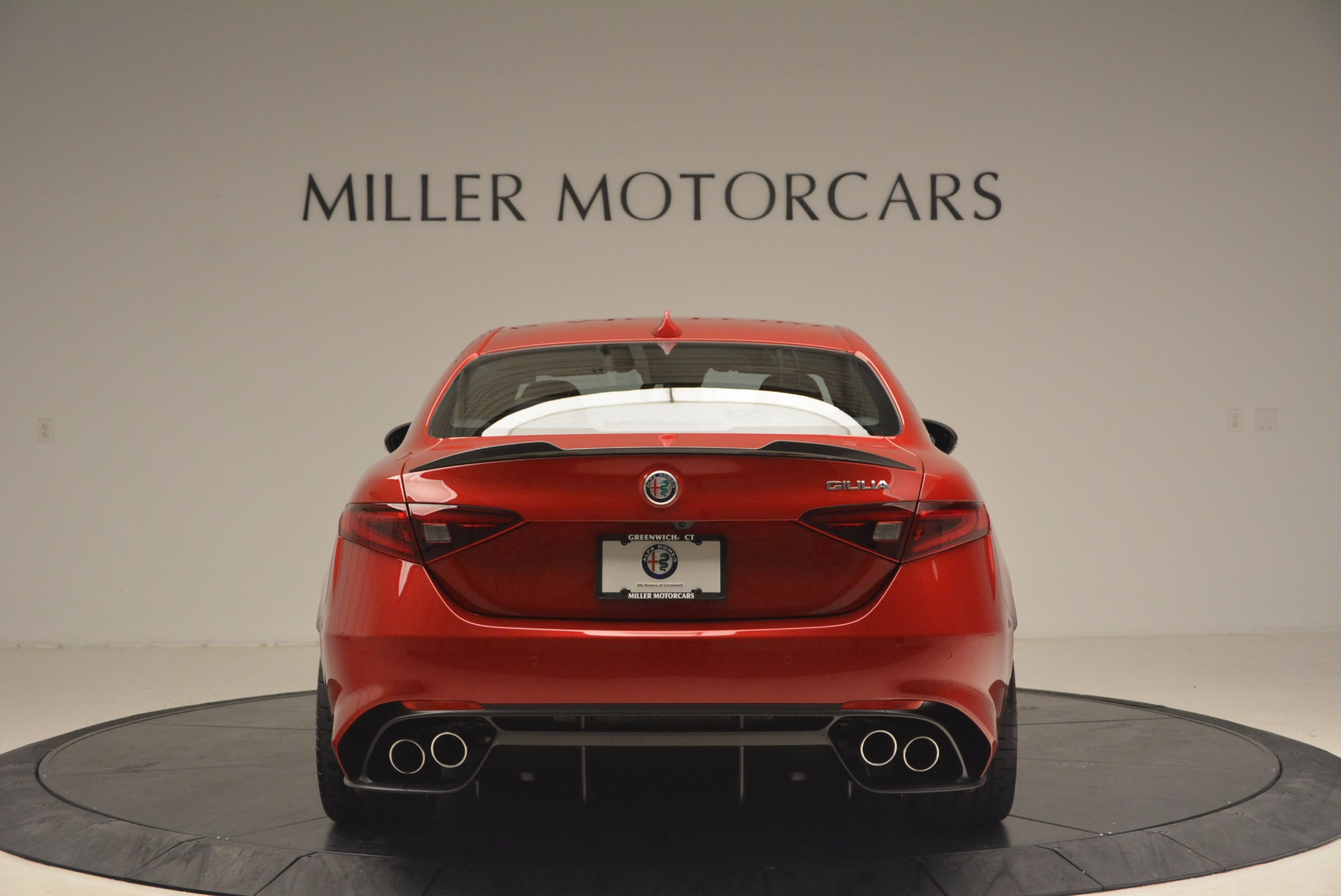 New 2017 Alfa Romeo Giulia Quadrifoglio Quadrifoglio For Sale In Greenwich, CT. Alfa Romeo of Greenwich, L115 1226_p6