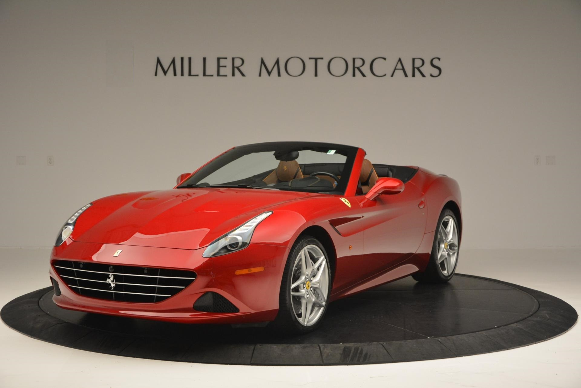 Used 2015 Ferrari California T  For Sale In Greenwich, CT. Alfa Romeo of Greenwich, 4312 123_main