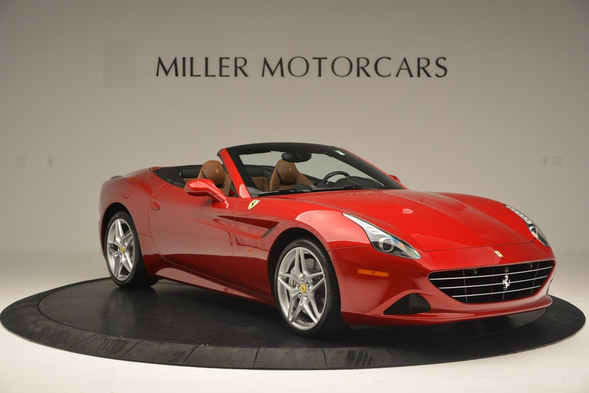 Used 2015 Ferrari California T  For Sale In Greenwich, CT. Alfa Romeo of Greenwich, 4312 123_p11