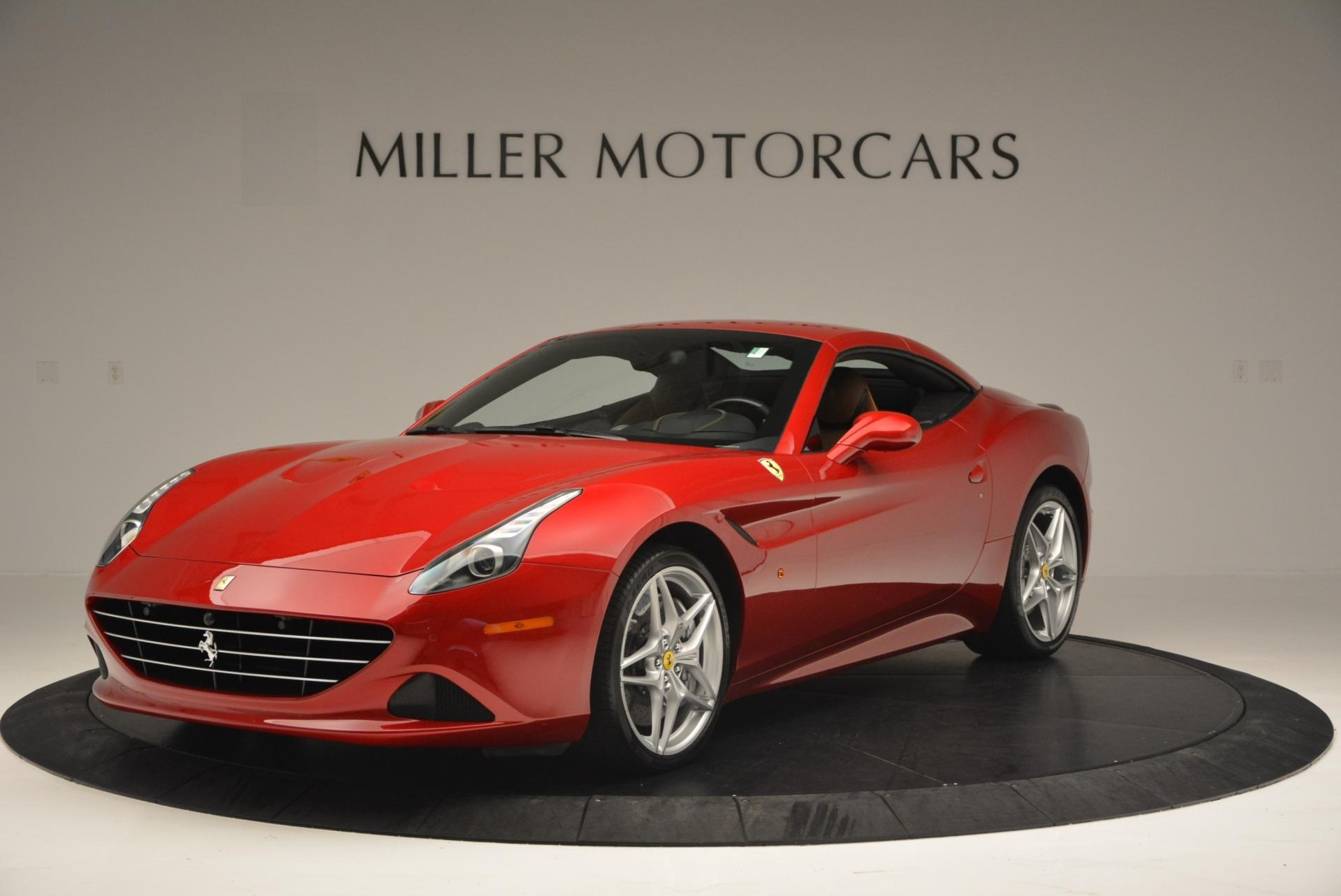 Used 2015 Ferrari California T  For Sale In Greenwich, CT. Alfa Romeo of Greenwich, 4312 123_p13