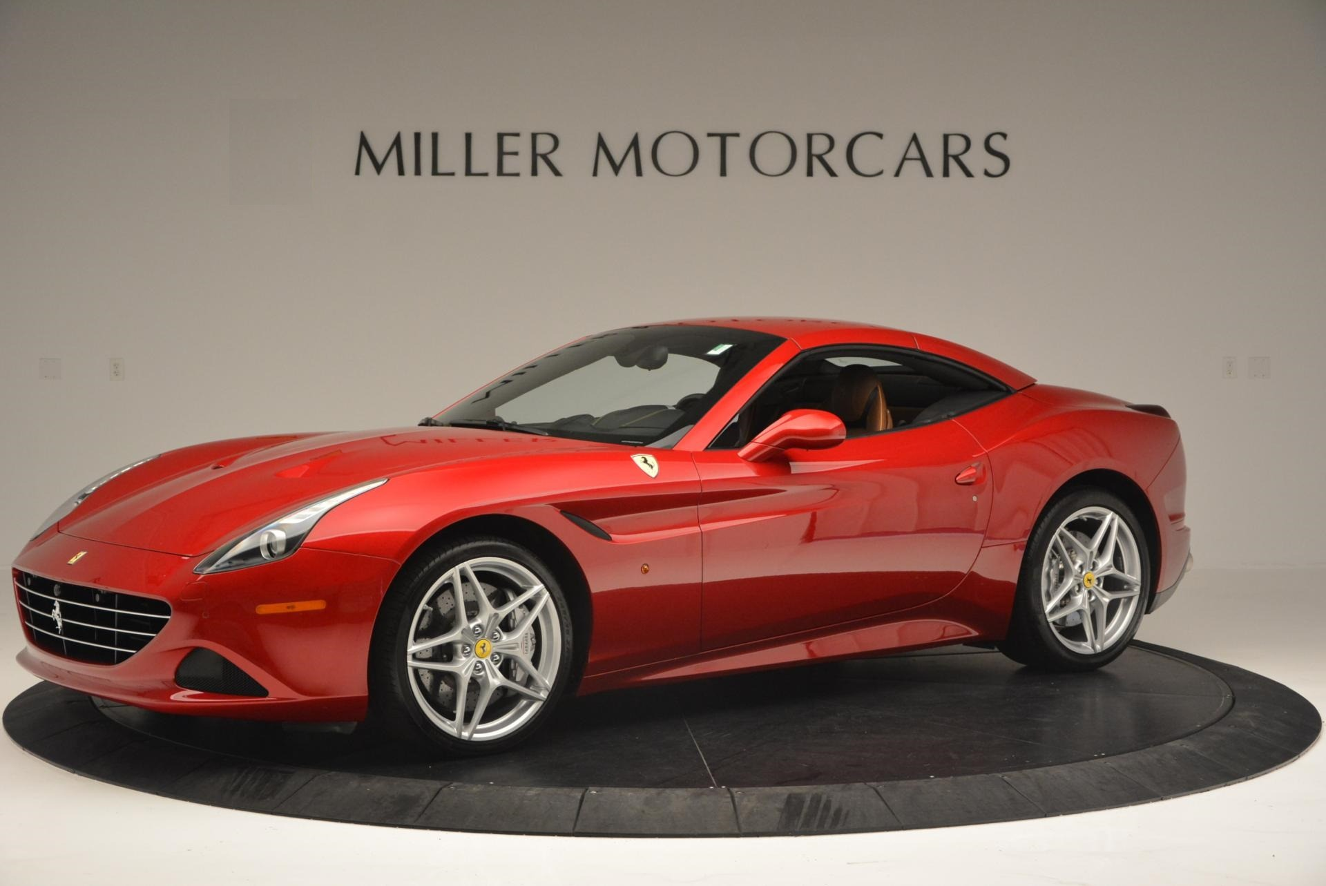 Used 2015 Ferrari California T  For Sale In Greenwich, CT. Alfa Romeo of Greenwich, 4312 123_p14