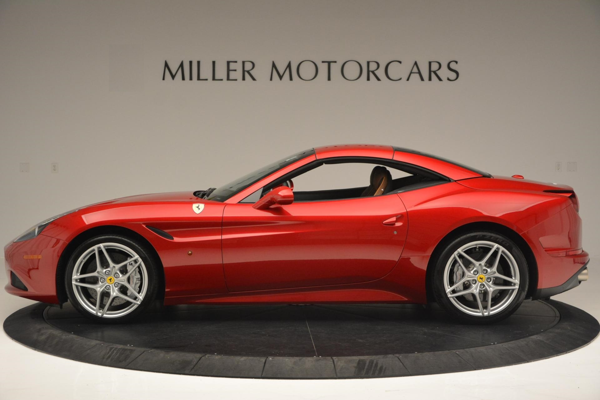 Used 2015 Ferrari California T  For Sale In Greenwich, CT. Alfa Romeo of Greenwich, 4312 123_p15
