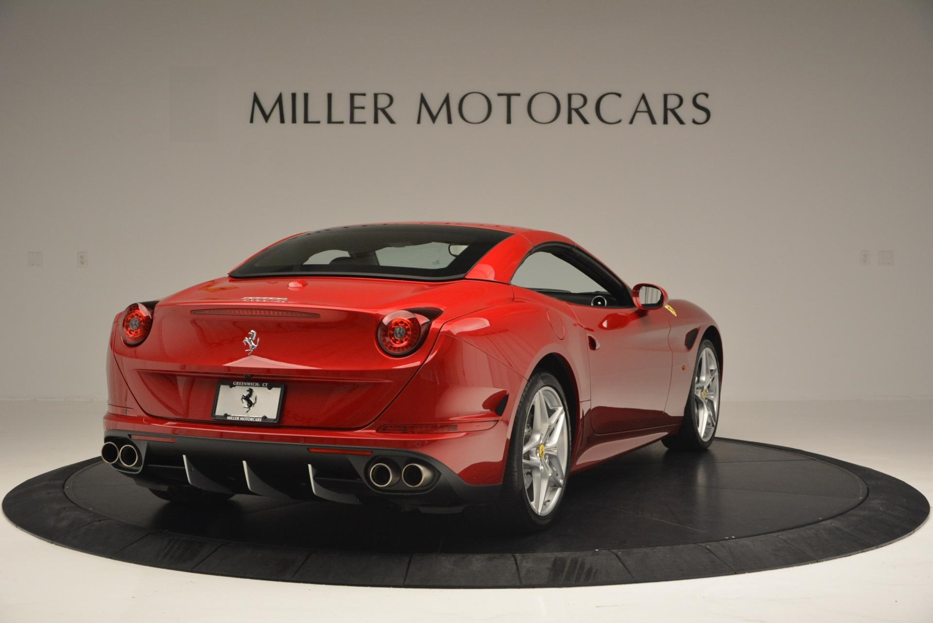 Used 2015 Ferrari California T  For Sale In Greenwich, CT. Alfa Romeo of Greenwich, 4312 123_p19