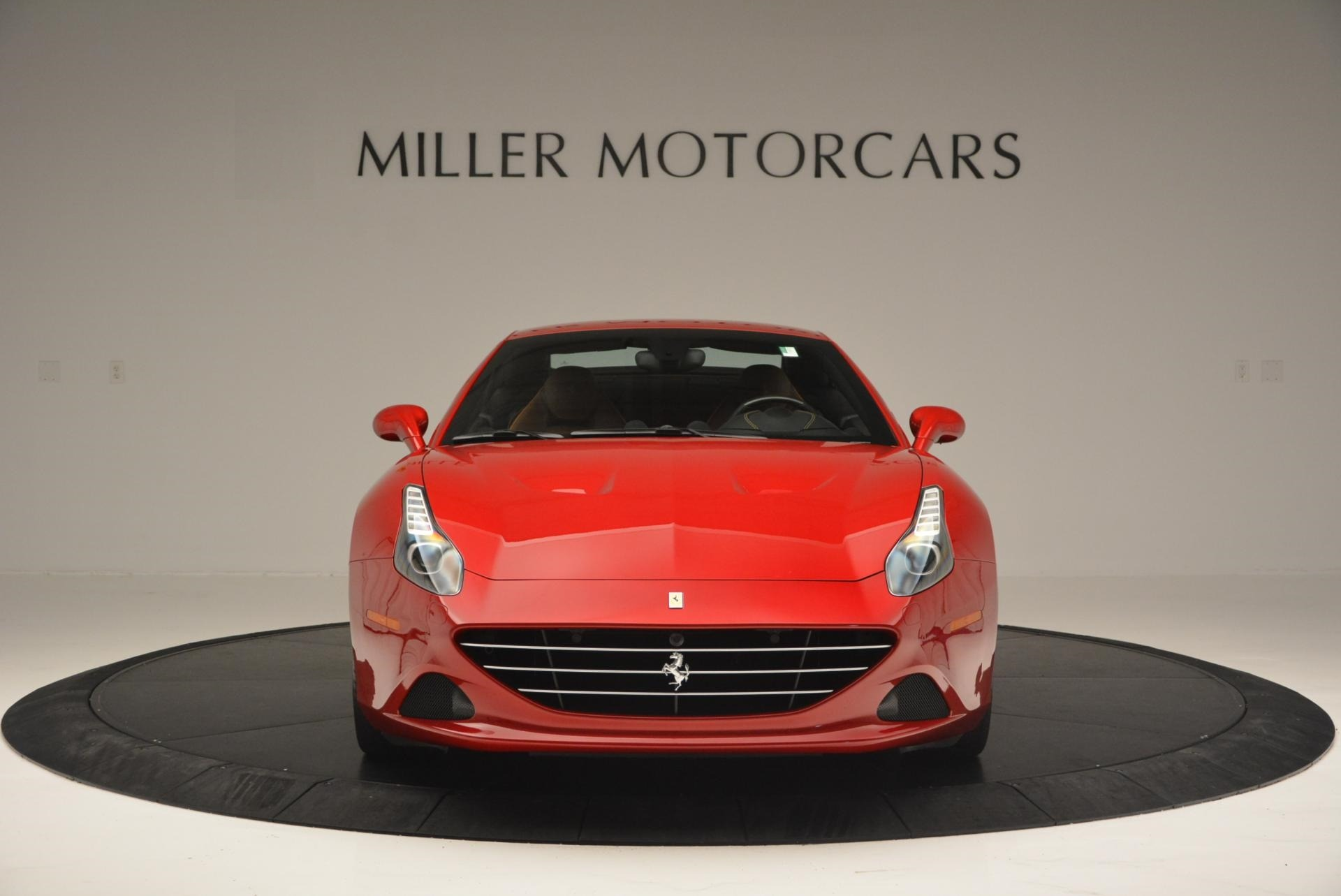 Used 2015 Ferrari California T  For Sale In Greenwich, CT. Alfa Romeo of Greenwich, 4312 123_p24