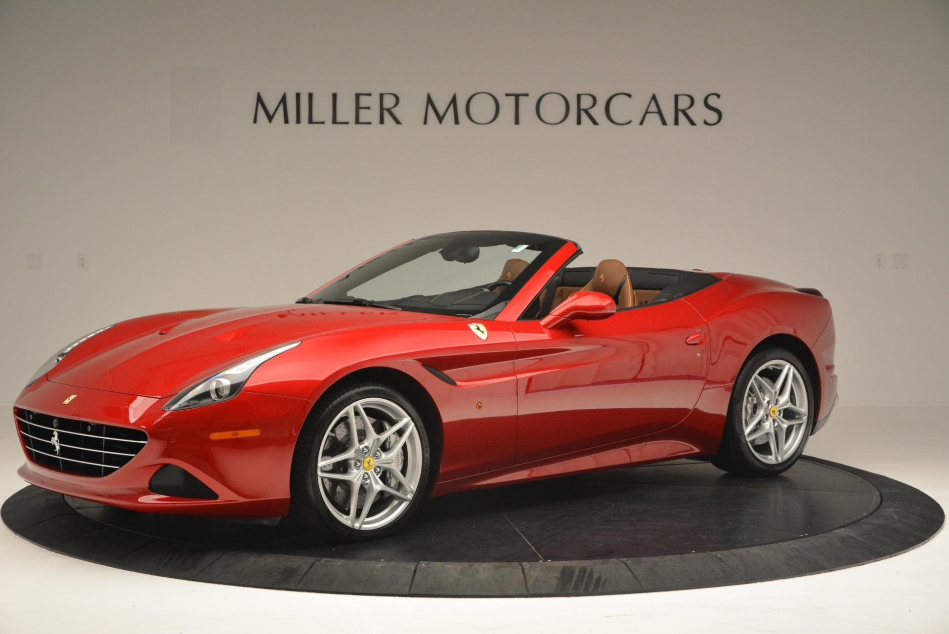 Used 2015 Ferrari California T  For Sale In Greenwich, CT. Alfa Romeo of Greenwich, 4312 123_p2