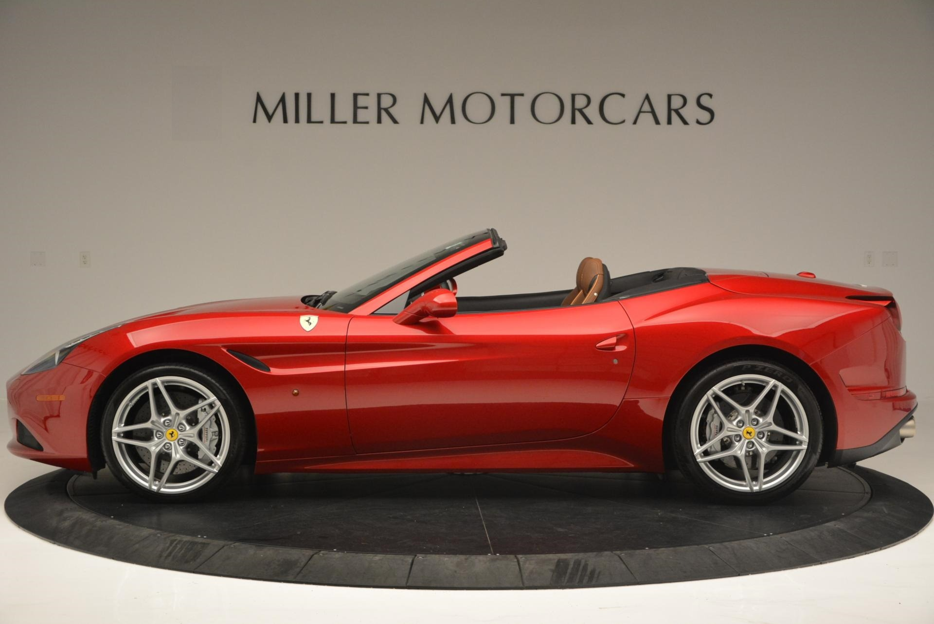 Used 2015 Ferrari California T  For Sale In Greenwich, CT. Alfa Romeo of Greenwich, 4312 123_p3