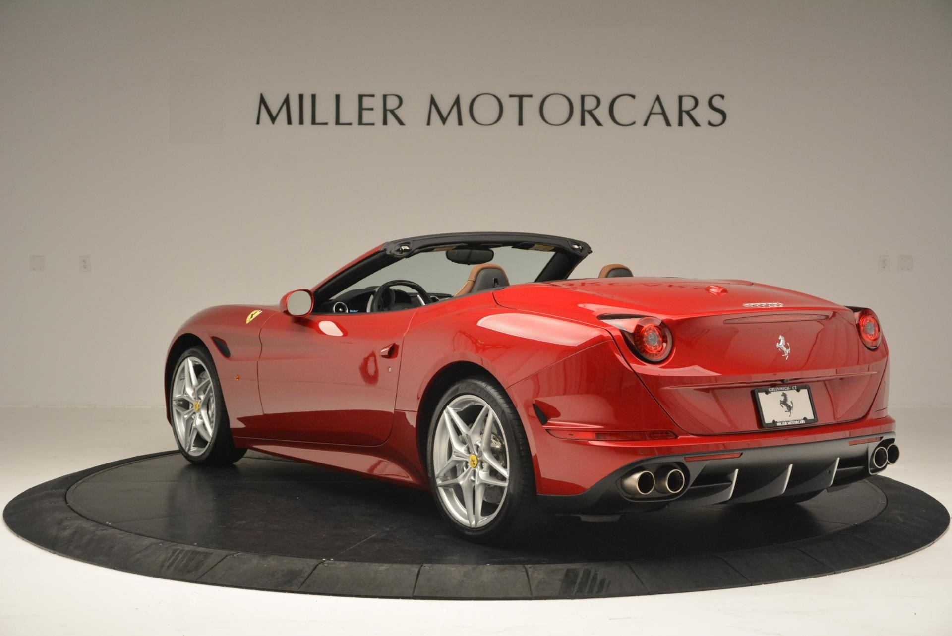Used 2015 Ferrari California T  For Sale In Greenwich, CT. Alfa Romeo of Greenwich, 4312 123_p5