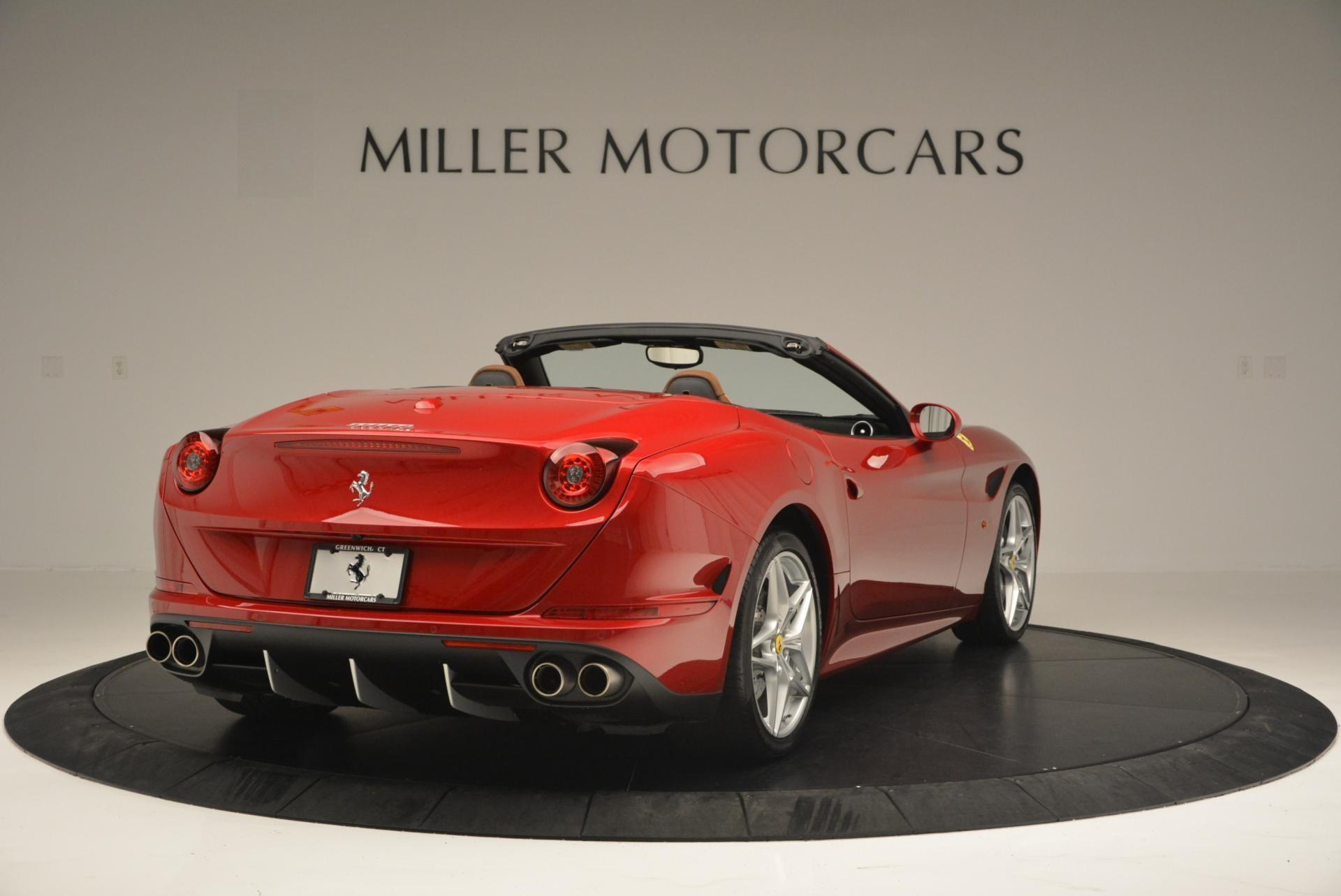 Used 2015 Ferrari California T  For Sale In Greenwich, CT. Alfa Romeo of Greenwich, 4312 123_p7