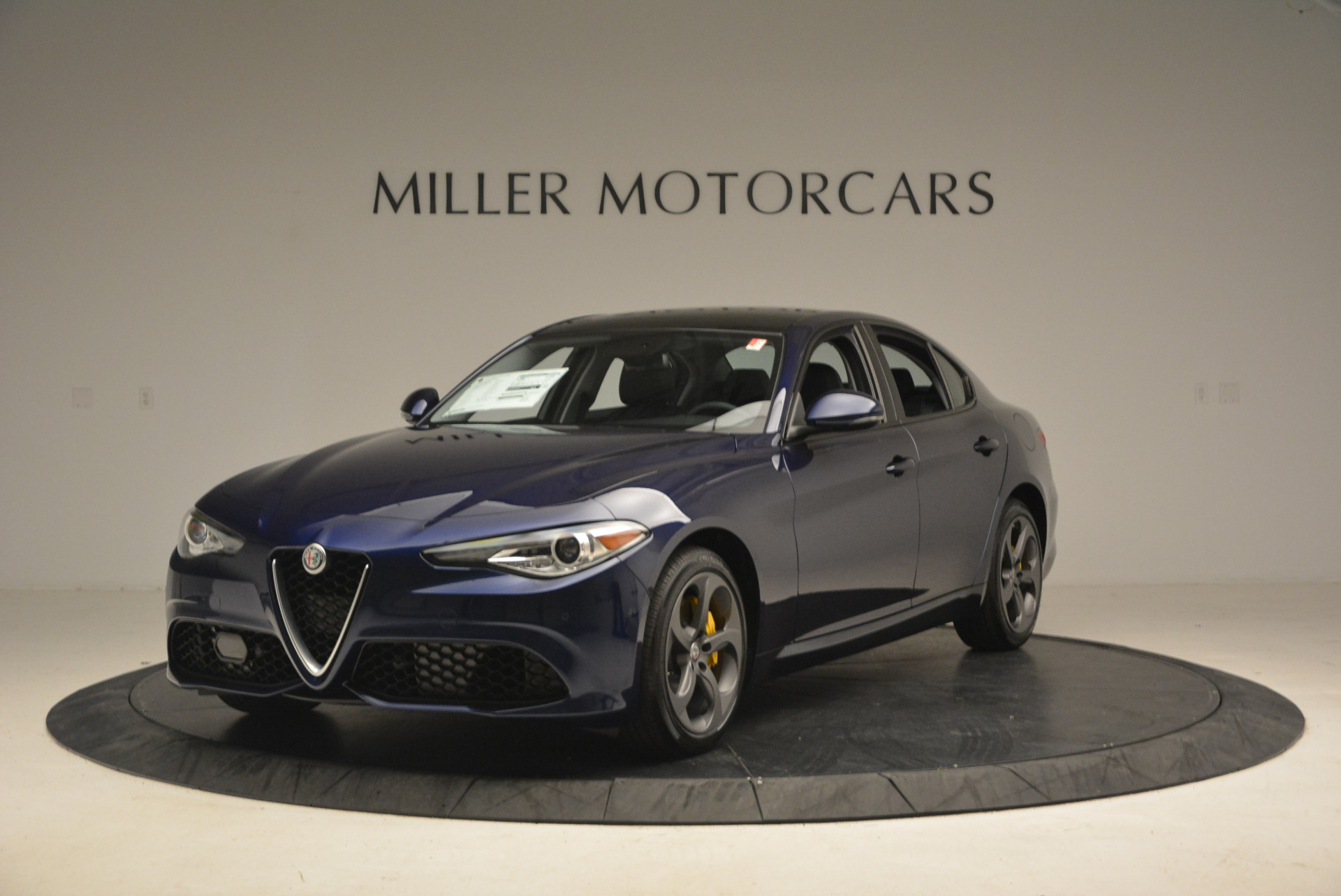 New 2017 Alfa Romeo Giulia Sport Q4 For Sale In Greenwich, CT. Alfa Romeo of Greenwich, L105