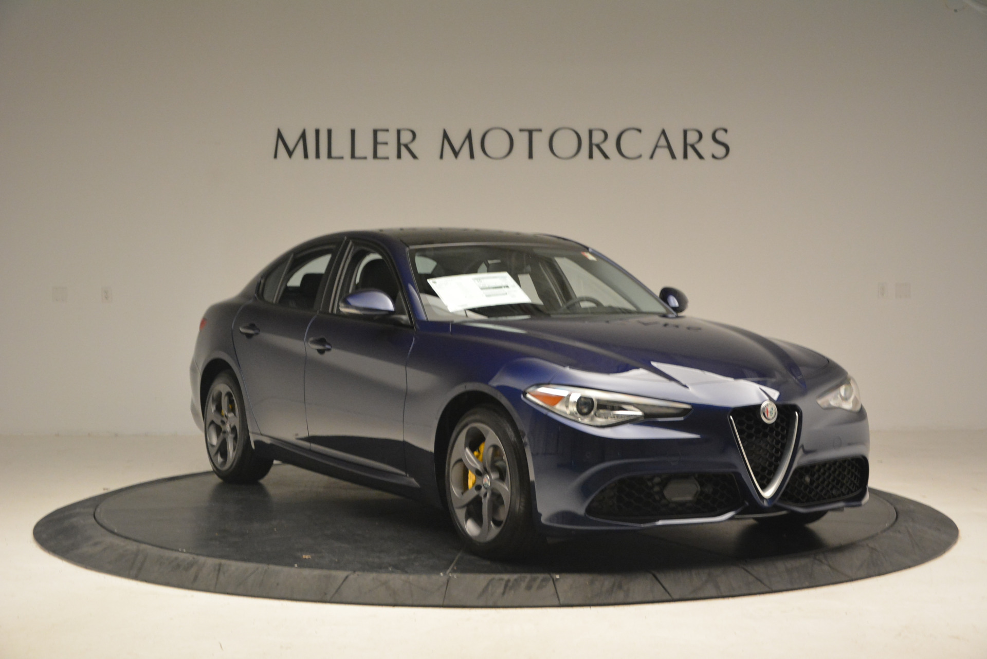 New 2017 Alfa Romeo Giulia Sport Q4 For Sale In Greenwich, CT. Alfa Romeo of Greenwich, L105 1237_p11