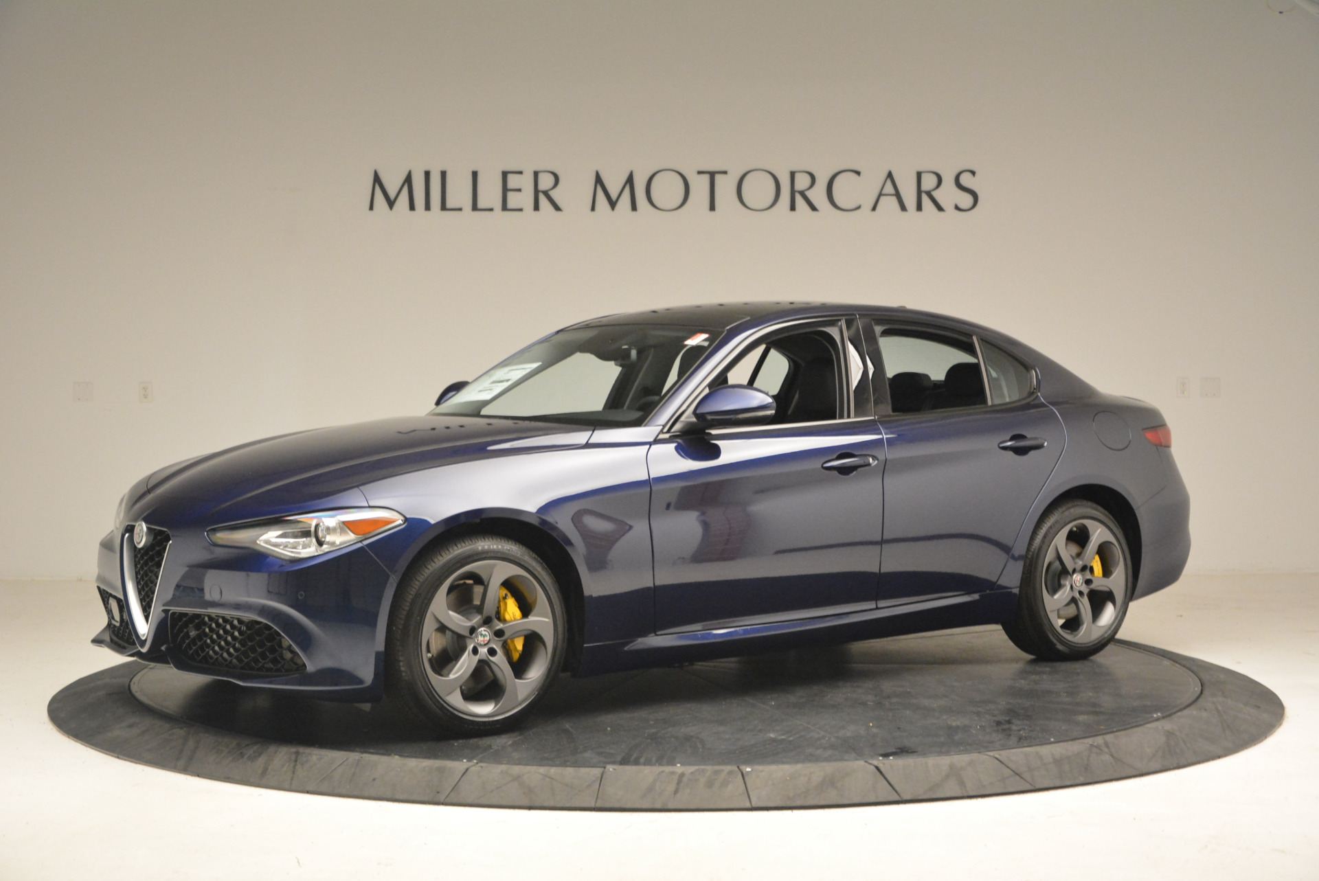 New 2017 Alfa Romeo Giulia Sport Q4 For Sale In Greenwich, CT. Alfa Romeo of Greenwich, L105 1237_p2