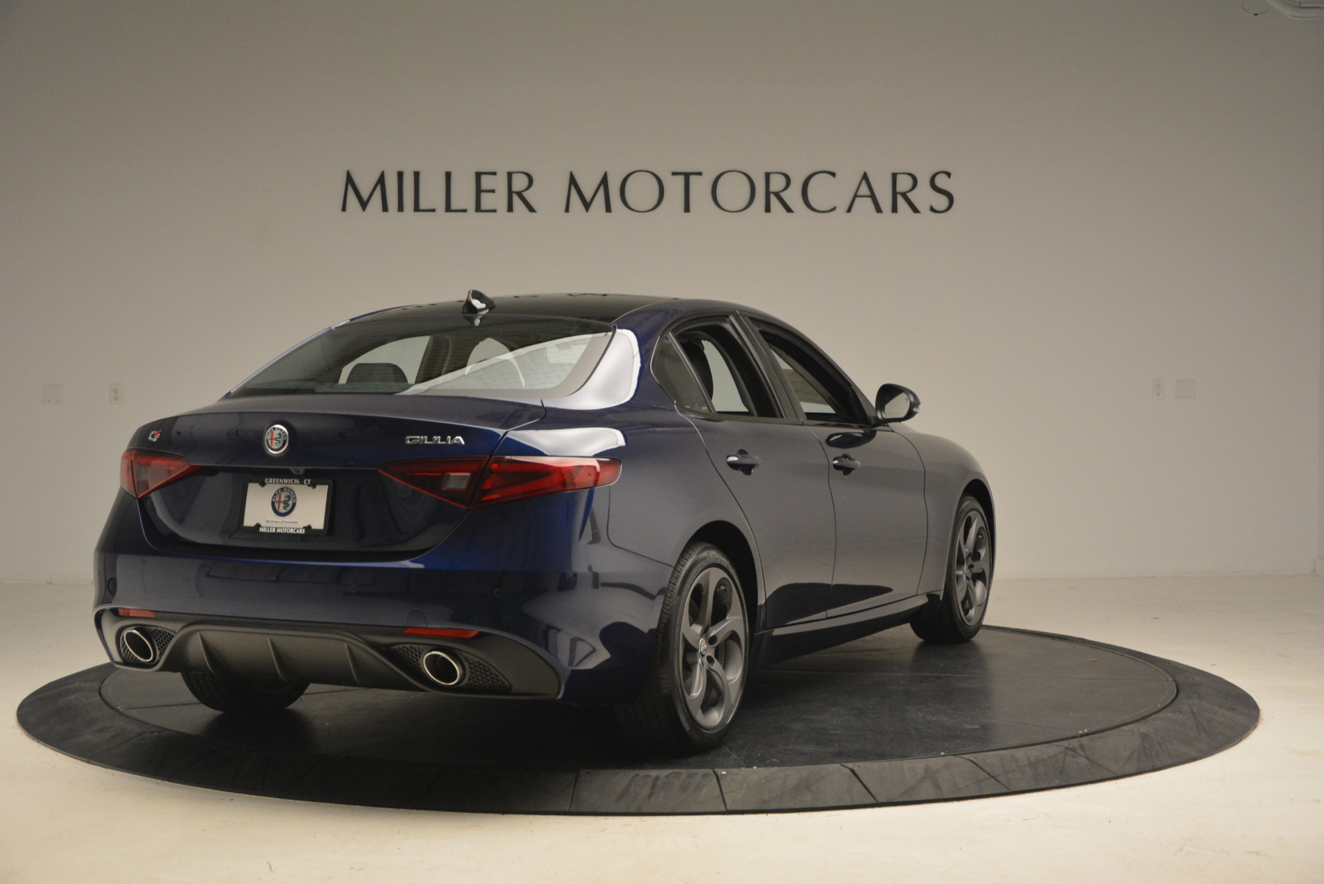 New 2017 Alfa Romeo Giulia Sport Q4 For Sale In Greenwich, CT. Alfa Romeo of Greenwich, L105 1237_p7