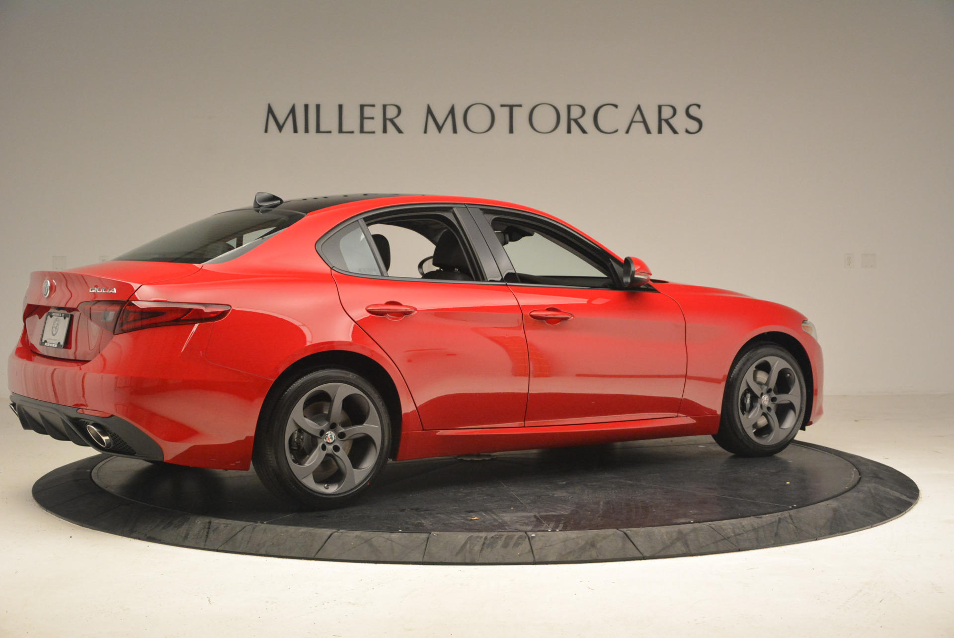 New 2017 Alfa Romeo Giulia Q4 For Sale In Greenwich, CT. Alfa Romeo of Greenwich, L102 1240_p9