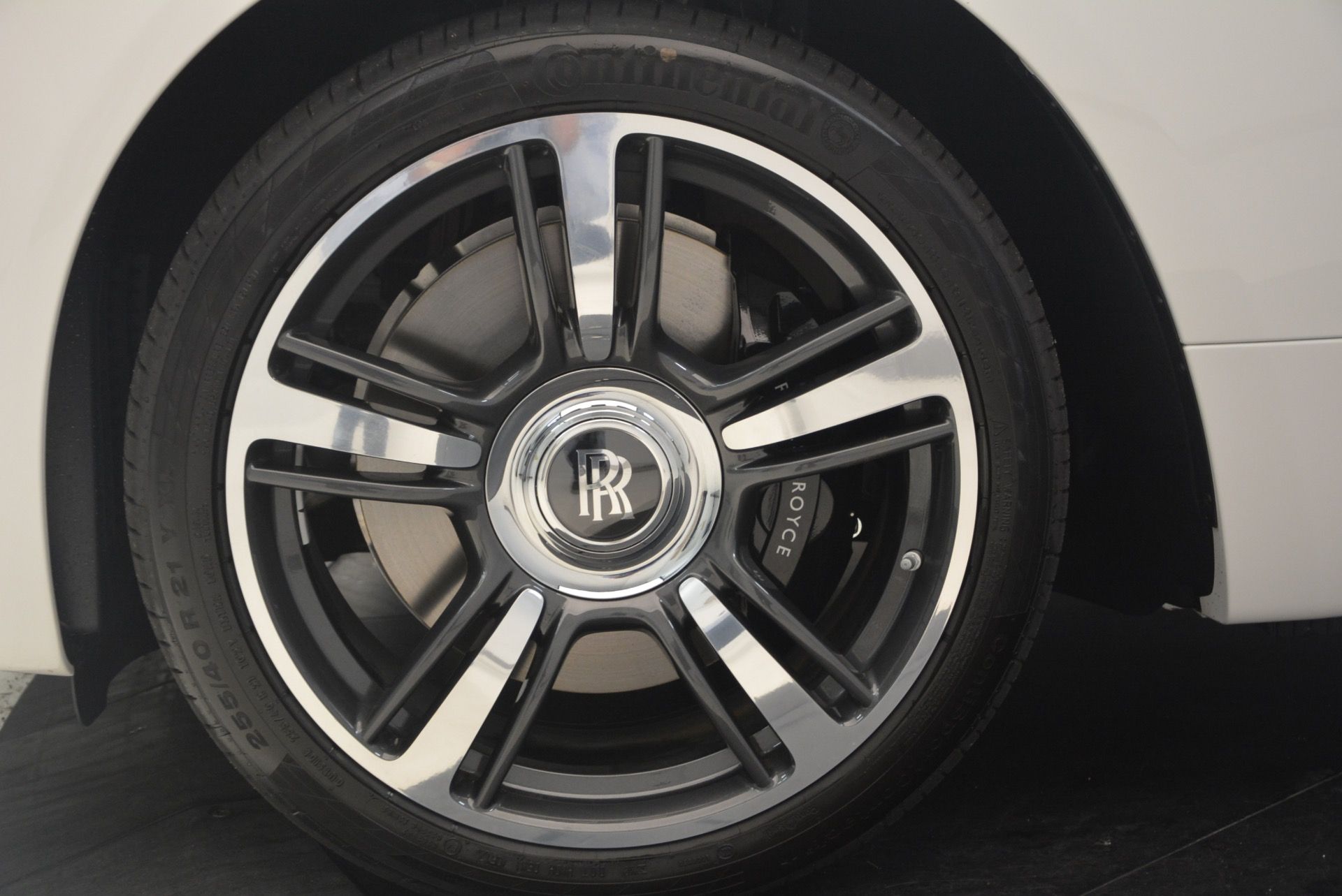 Used 2017 Rolls-Royce Wraith  For Sale In Greenwich, CT. Alfa Romeo of Greenwich, 7526 1247_p17