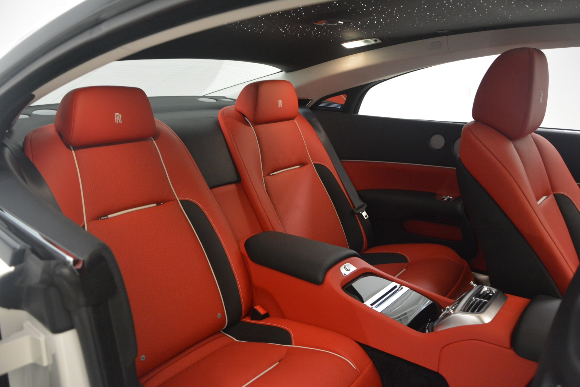 Used 2017 Rolls-Royce Wraith  For Sale In Greenwich, CT. Alfa Romeo of Greenwich, 7526 1247_p28
