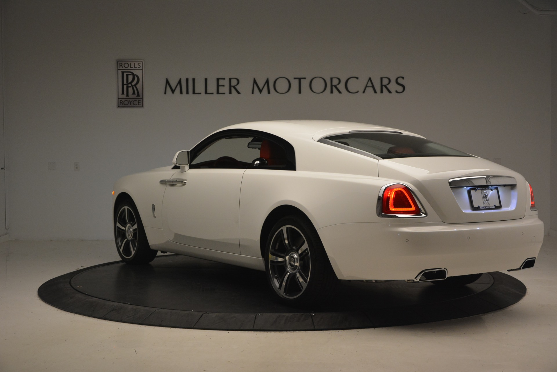 Used 2017 Rolls-Royce Wraith  For Sale In Greenwich, CT. Alfa Romeo of Greenwich, 7526 1247_p5