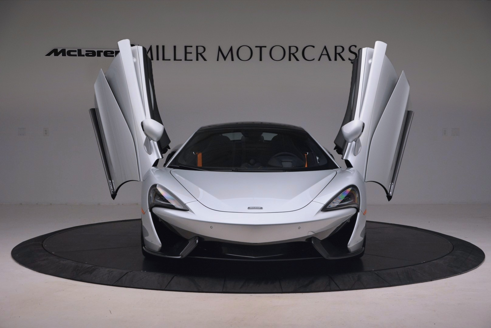 Used 2017 McLaren 570GT  For Sale In Greenwich, CT. Alfa Romeo of Greenwich, MC296 1254_p13