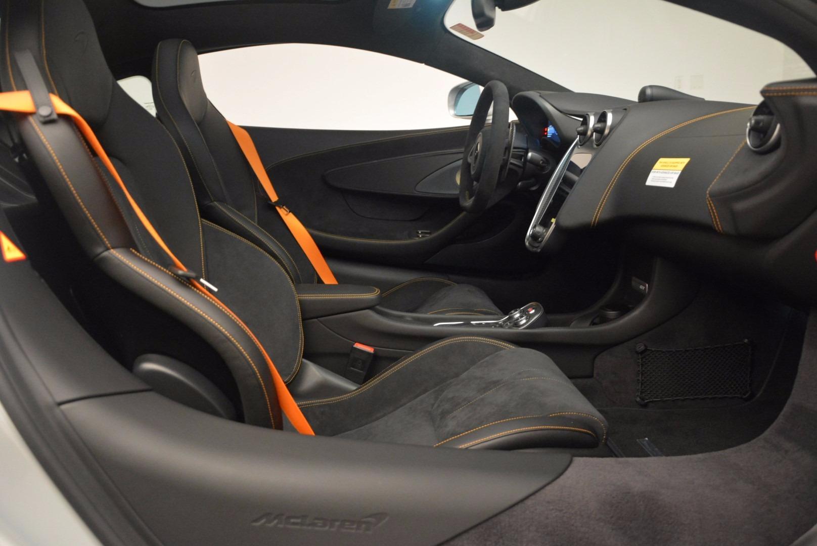 Used 2017 McLaren 570GT  For Sale In Greenwich, CT. Alfa Romeo of Greenwich, MC296 1254_p19