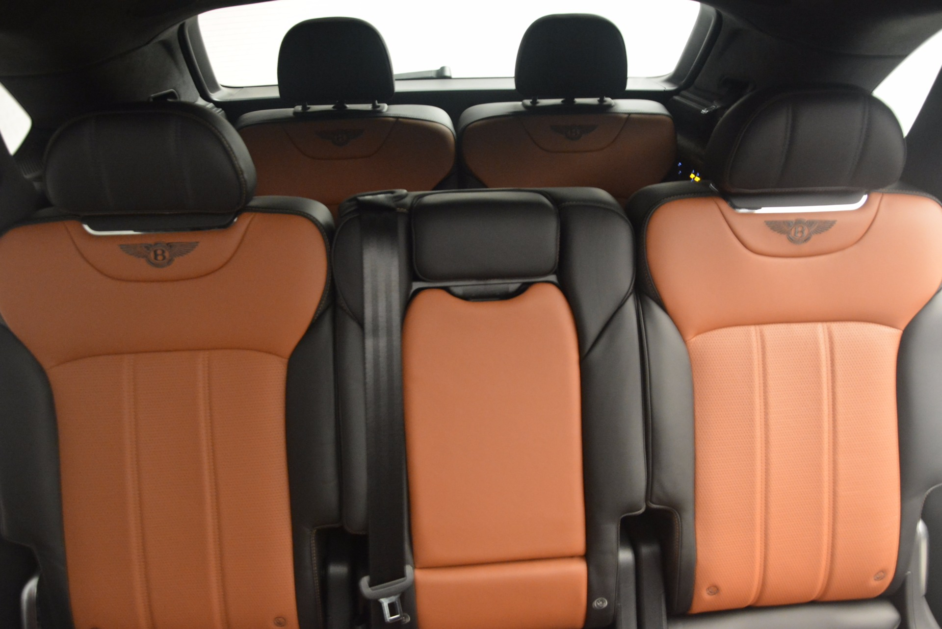 New 2018 Bentley Bentayga Activity Edition-Now with seating for 7!!! For Sale In Greenwich, CT. Alfa Romeo of Greenwich, B1257 1255_p34
