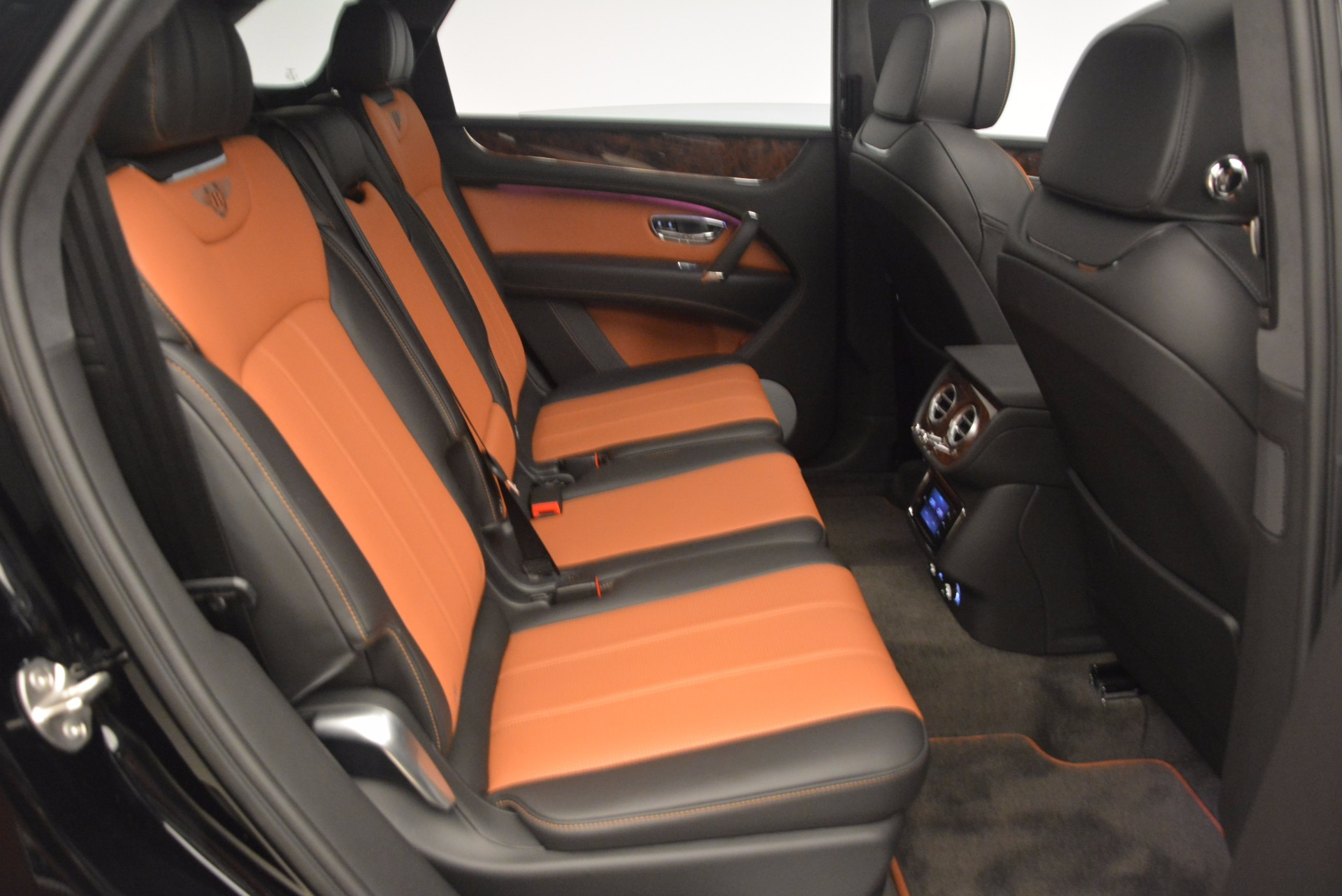 New 2018 Bentley Bentayga Activity Edition-Now with seating for 7!!! For Sale In Greenwich, CT. Alfa Romeo of Greenwich, B1257 1255_p46
