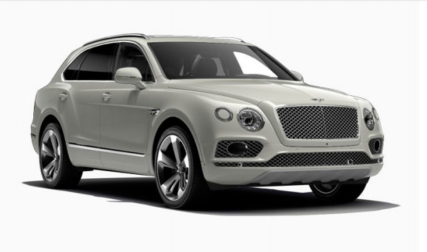Used 2017 Bentley Bentayga  For Sale In Greenwich, CT. Alfa Romeo of Greenwich, 12520