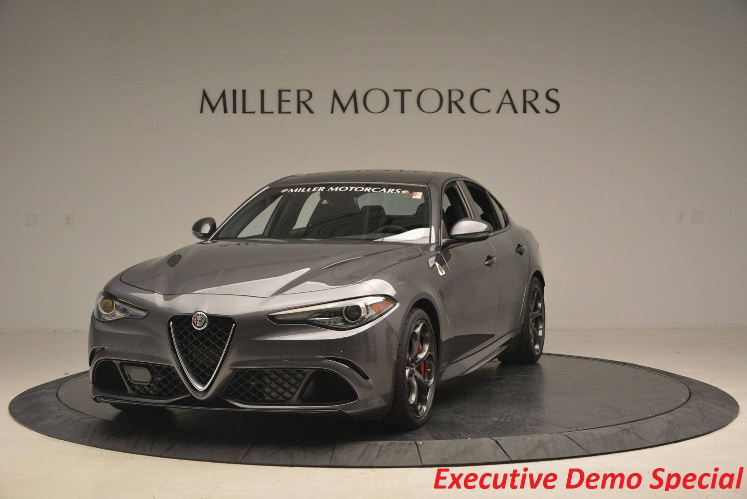 New 2017 Alfa Romeo Giulia Quadrifoglio For Sale In Greenwich, CT. Alfa Romeo of Greenwich, L085 1258_main