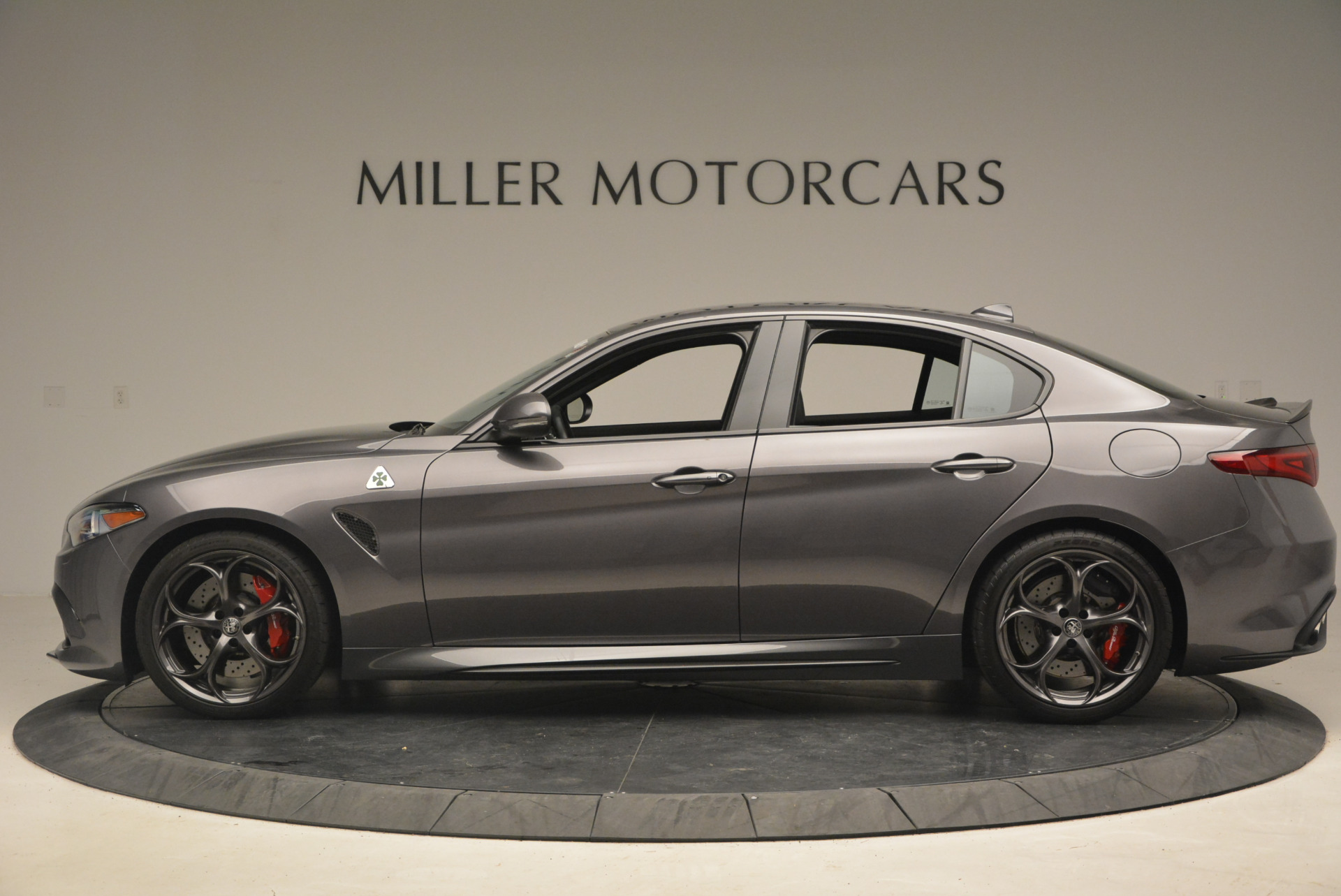 New 2017 Alfa Romeo Giulia Quadrifoglio For Sale In Greenwich, CT. Alfa Romeo of Greenwich, L085 1258_p4