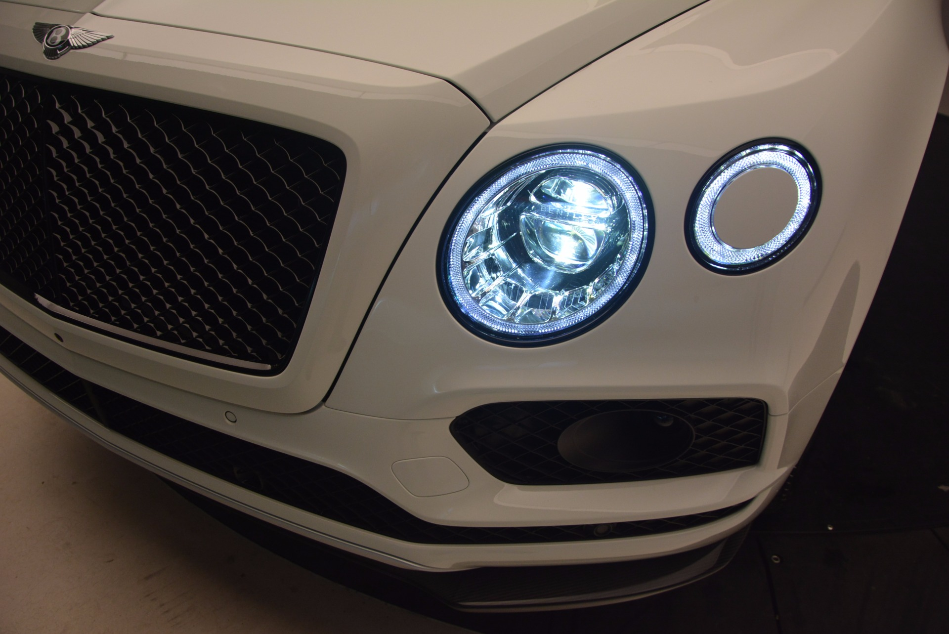 New 2018 Bentley Bentayga Black Edition For Sale In Greenwich, CT. Alfa Romeo of Greenwich, B1264 1260_p19