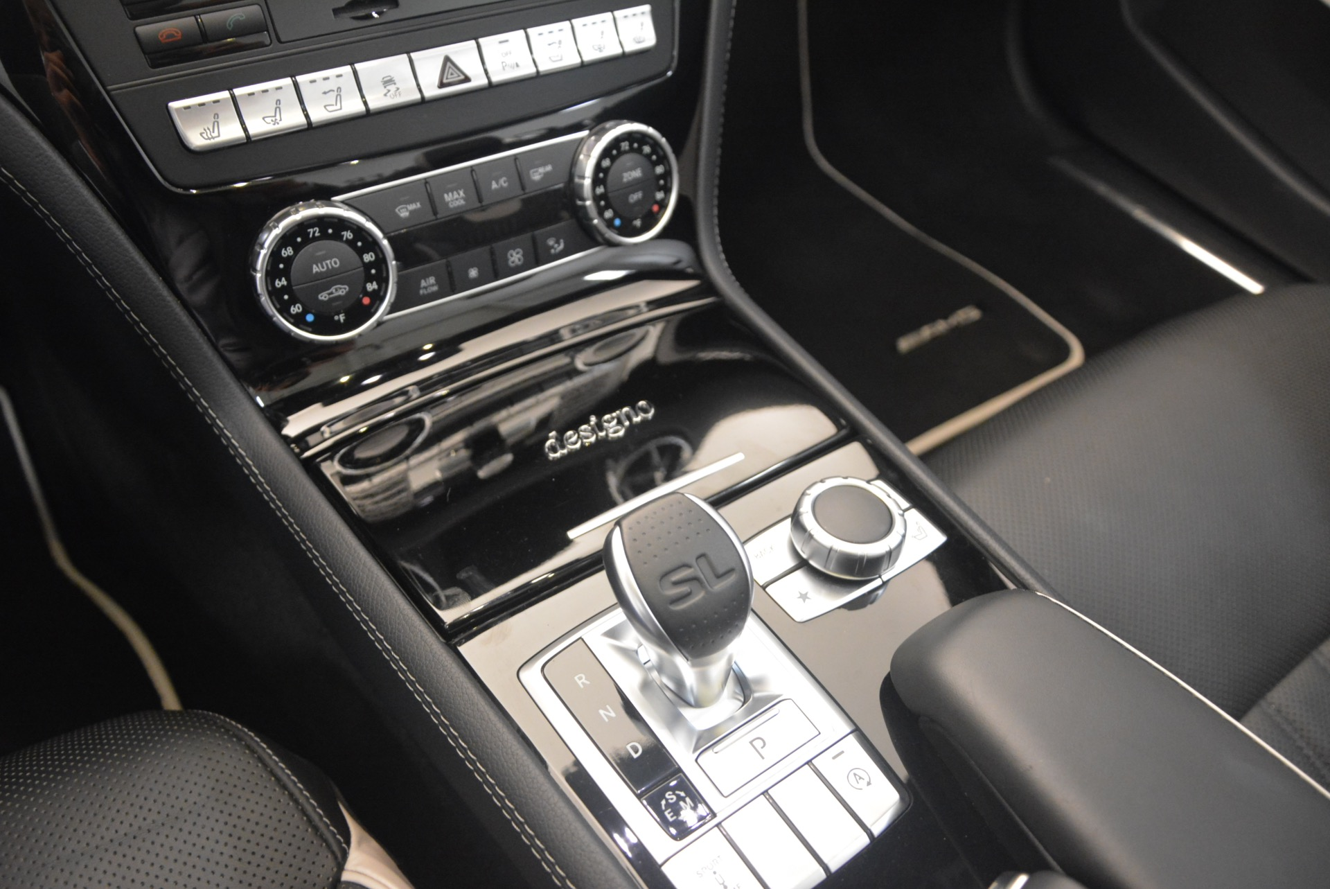 Used 2015 Mercedes Benz SL-Class SL 550 For Sale In Greenwich, CT. Alfa Romeo of Greenwich, M1874A 1261_p35