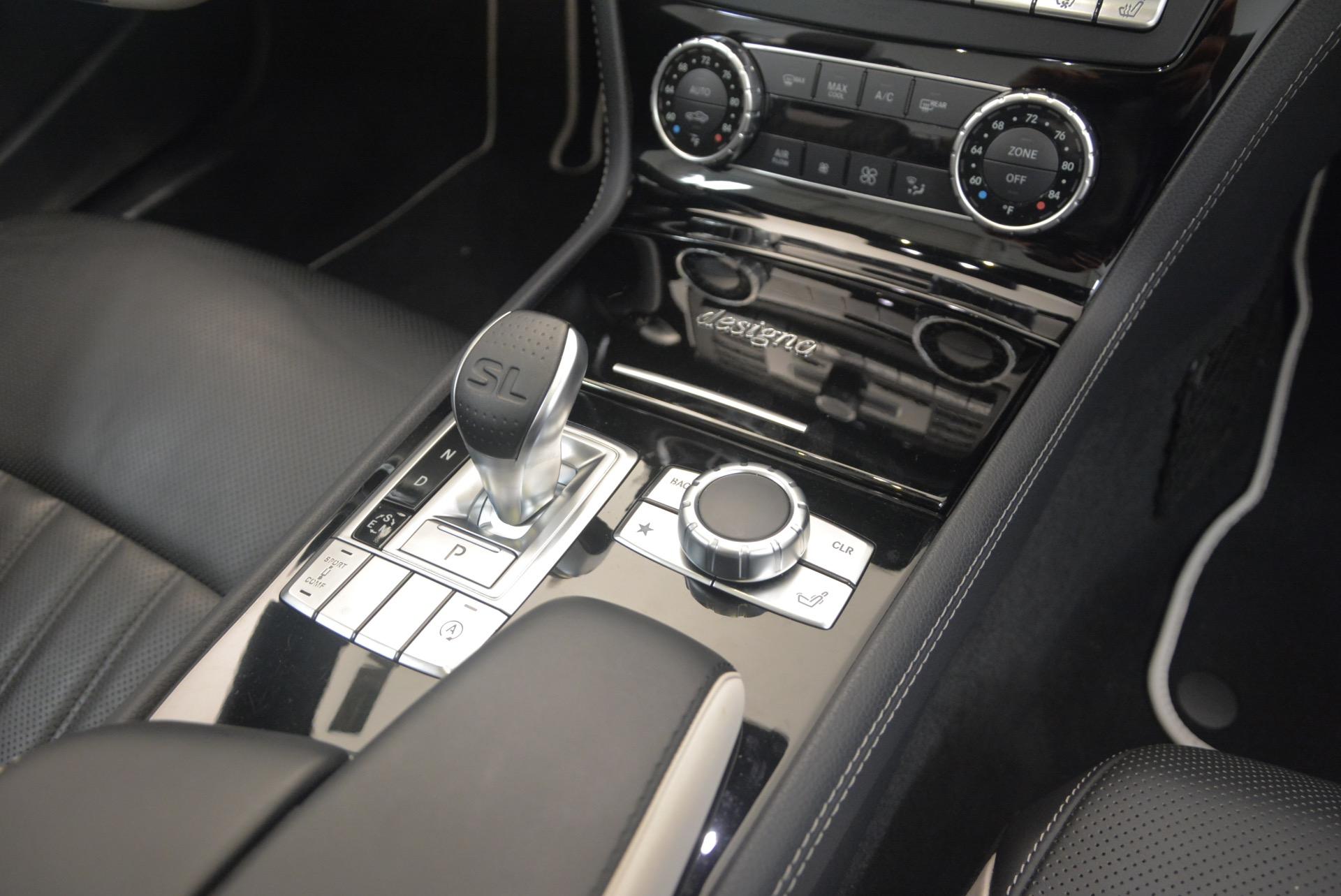 Used 2015 Mercedes Benz SL-Class SL 550 For Sale In Greenwich, CT. Alfa Romeo of Greenwich, M1874A 1261_p46