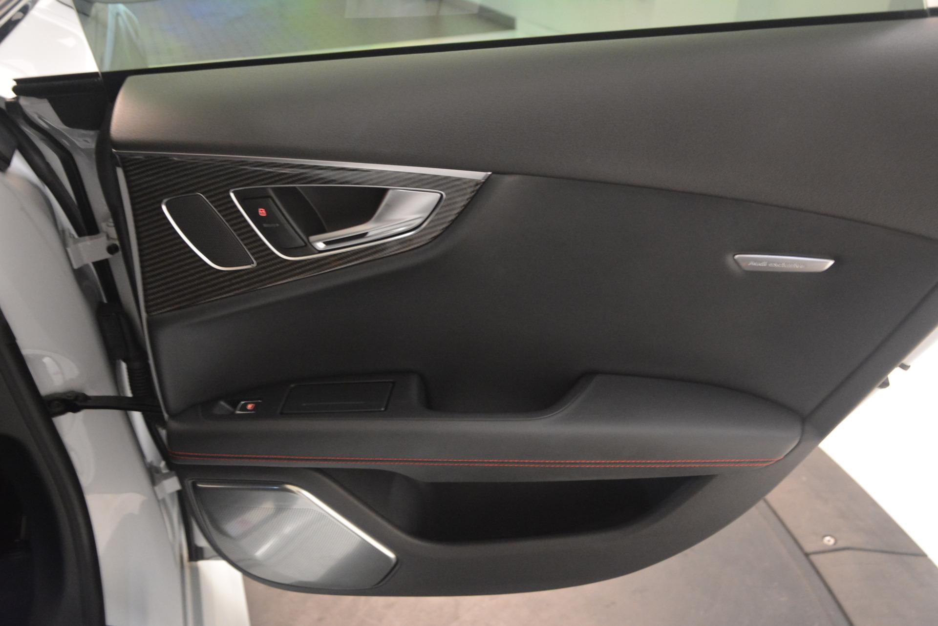 Used 2014 Audi RS 7 4.0T quattro Prestige For Sale In Greenwich, CT. Alfa Romeo of Greenwich, R416A 1262_p37