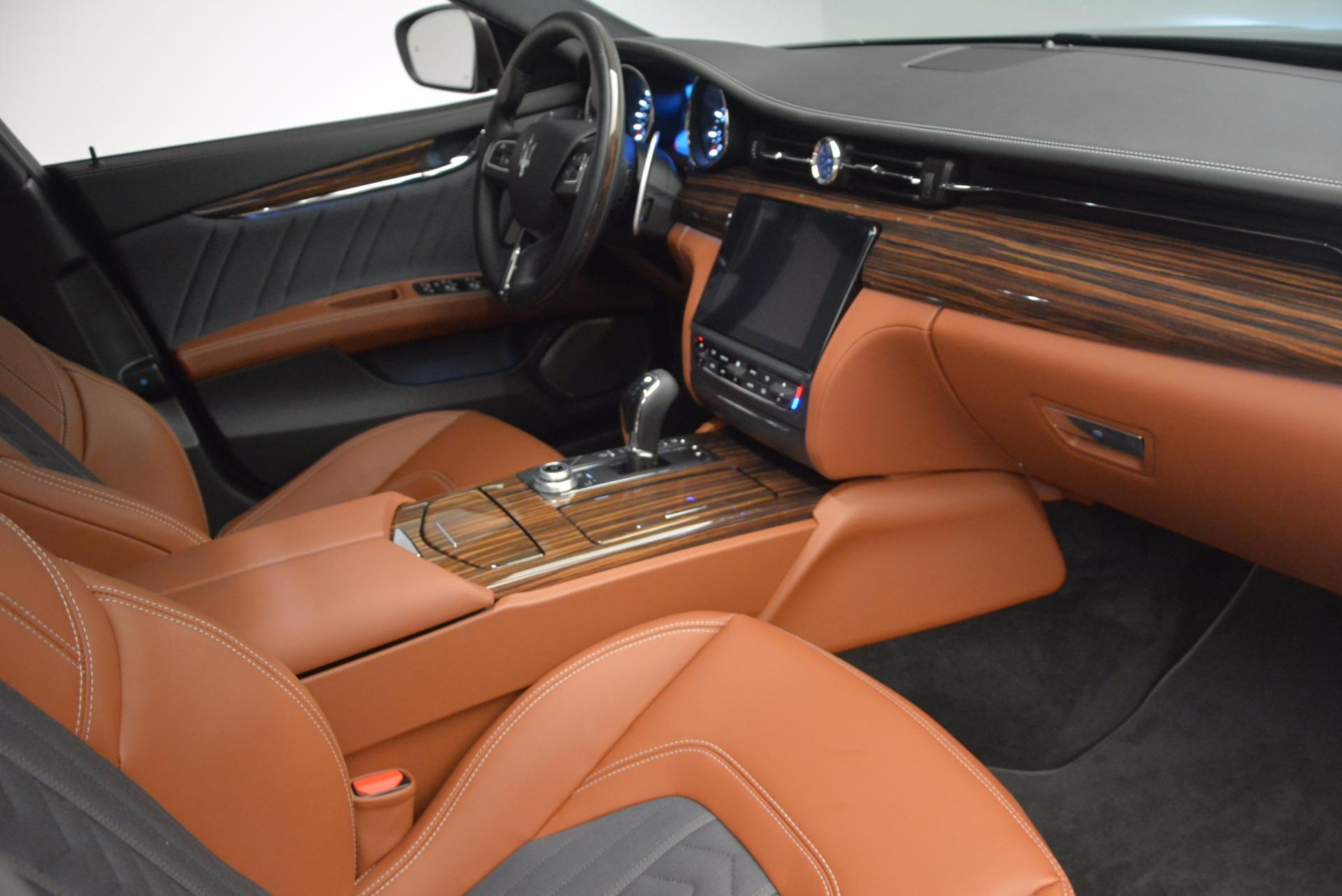 New 2017 Maserati Quattroporte S Q4 GranLusso For Sale In Greenwich, CT. Alfa Romeo of Greenwich, M1878 1265_p16