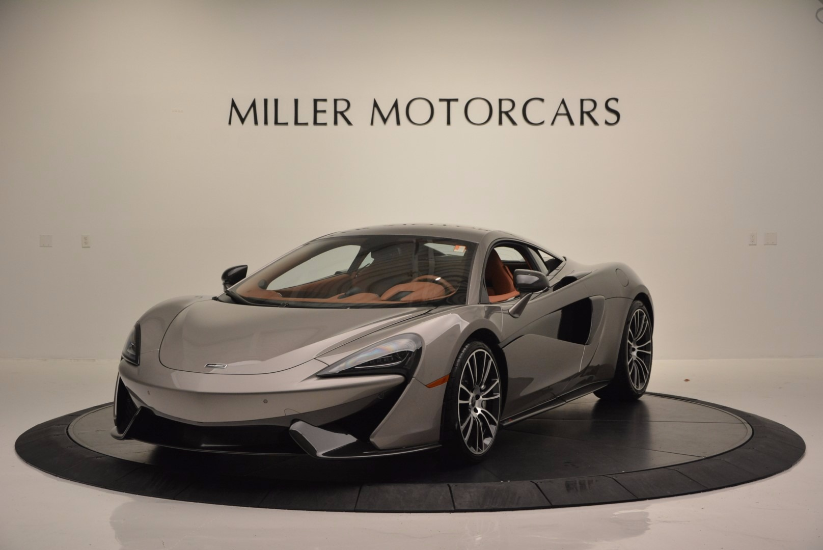 Used 2016 McLaren 570S  For Sale In Greenwich, CT. Alfa Romeo of Greenwich, MC261A