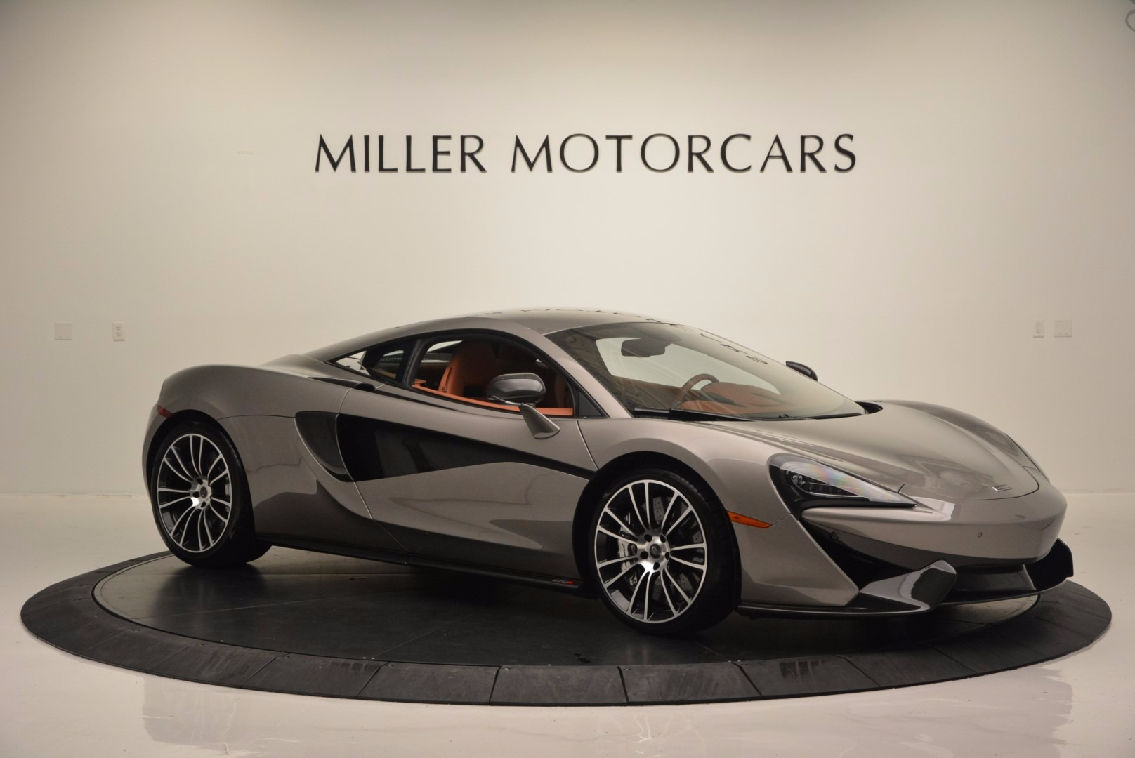 Used 2016 McLaren 570S  For Sale In Greenwich, CT. Alfa Romeo of Greenwich, MC261A 1267_p10
