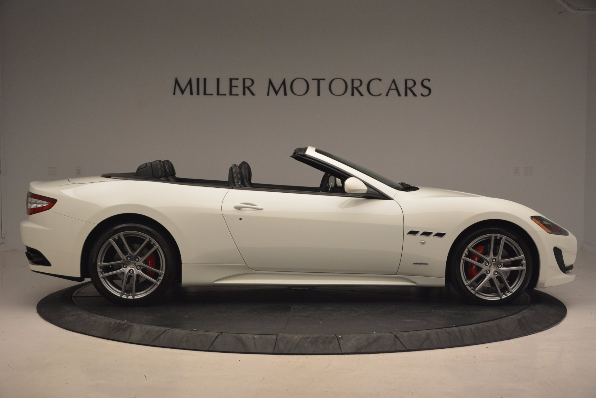 Used 2016 Maserati GranTurismo Sport For Sale In Greenwich, CT. Alfa Romeo of Greenwich, 7224 1278_p10