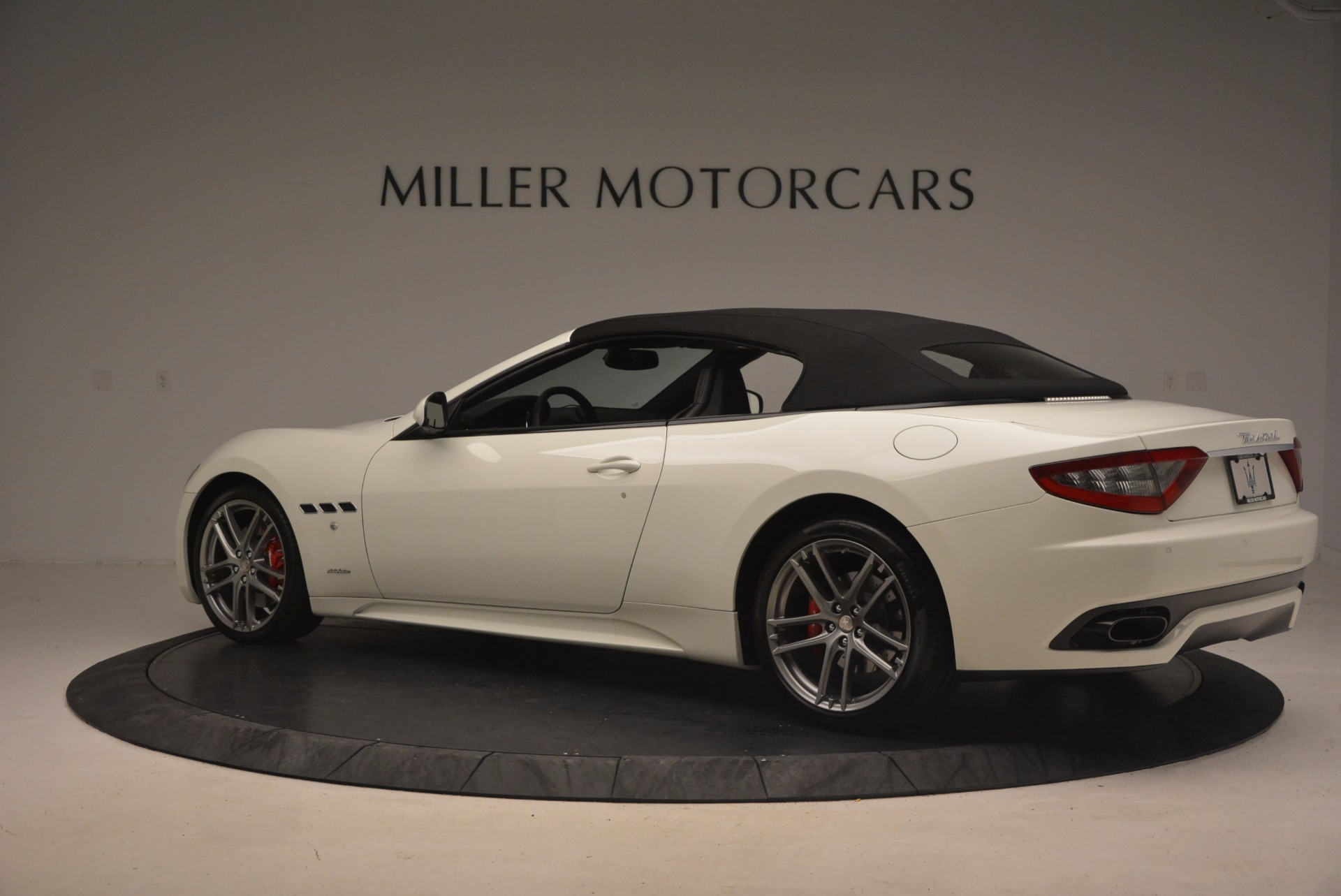 Used 2016 Maserati GranTurismo Sport For Sale In Greenwich, CT. Alfa Romeo of Greenwich, 7224 1278_p17