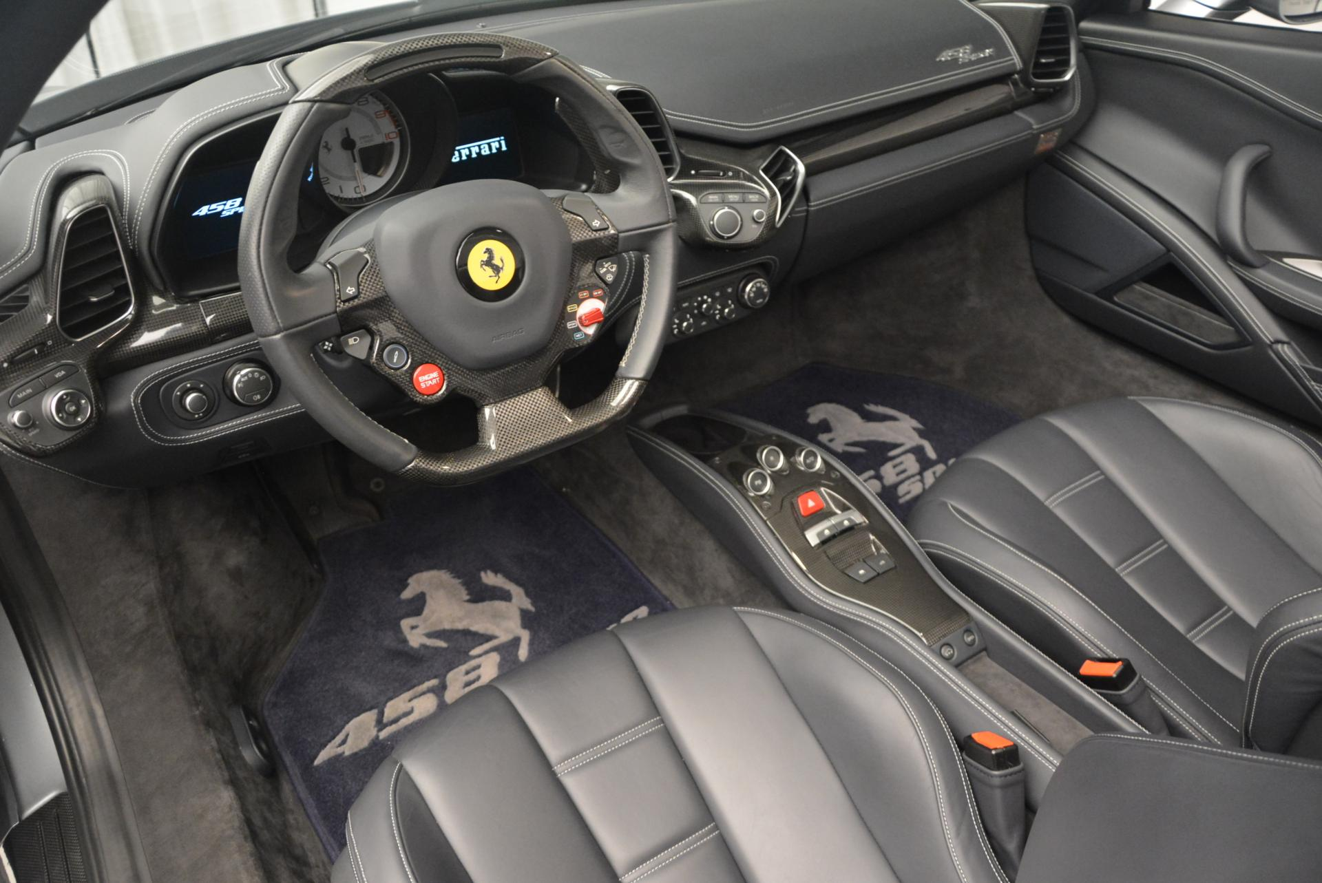 Used 2013 Ferrari 458 Spider  For Sale In Greenwich, CT. Alfa Romeo of Greenwich, 4566 128_p25