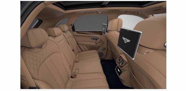 Used 2017 Bentley Bentayga  For Sale In Greenwich, CT. Alfa Romeo of Greenwich, 16033 1280_p7