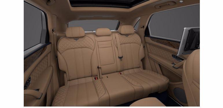 Used 2017 Bentley Bentayga  For Sale In Greenwich, CT. Alfa Romeo of Greenwich, 16033 1280_p8