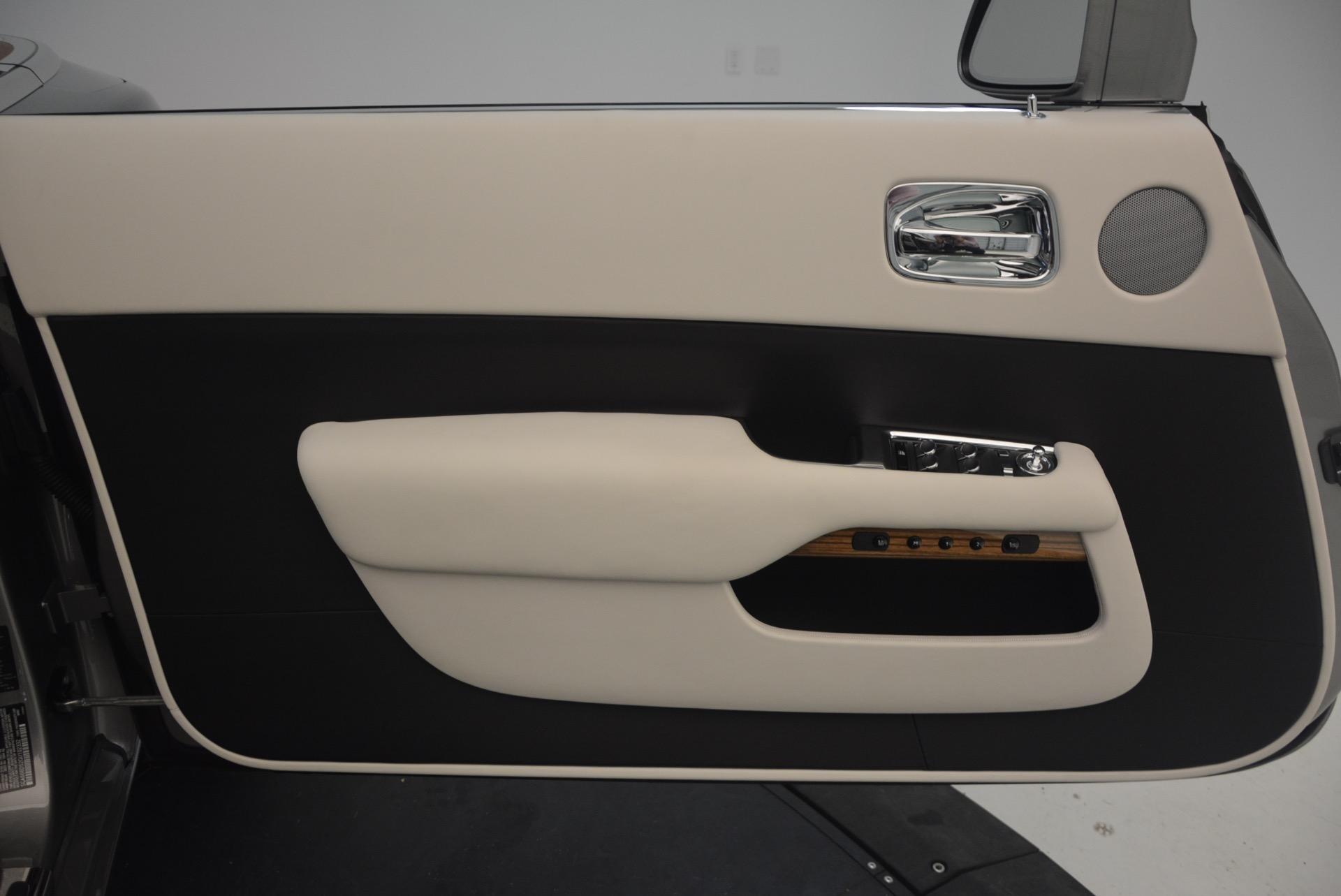 Used 2016 Rolls-Royce Dawn  For Sale In Greenwich, CT. Alfa Romeo of Greenwich, B1226A 1283_p29