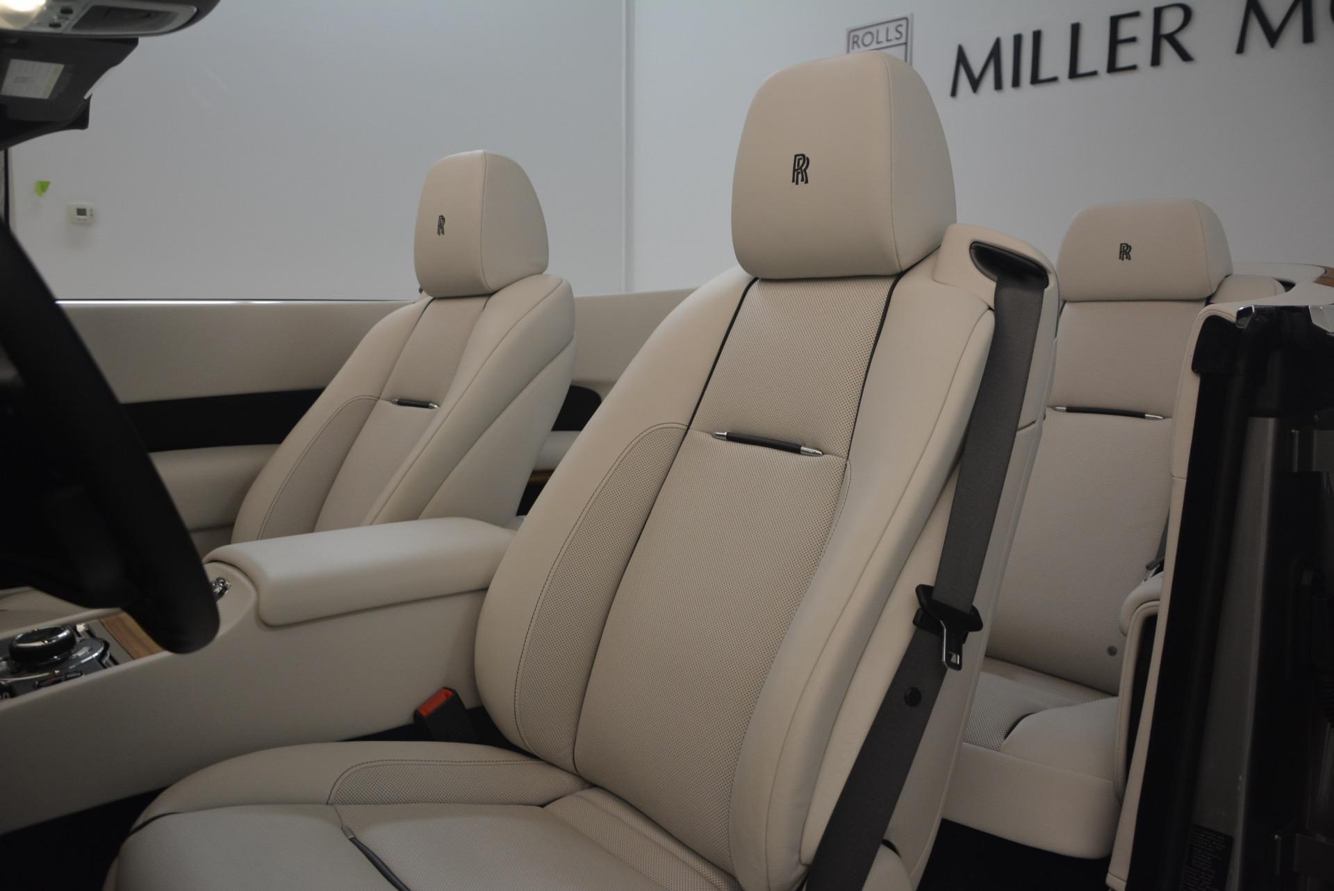 Used 2016 Rolls-Royce Dawn  For Sale In Greenwich, CT. Alfa Romeo of Greenwich, B1226A 1283_p32