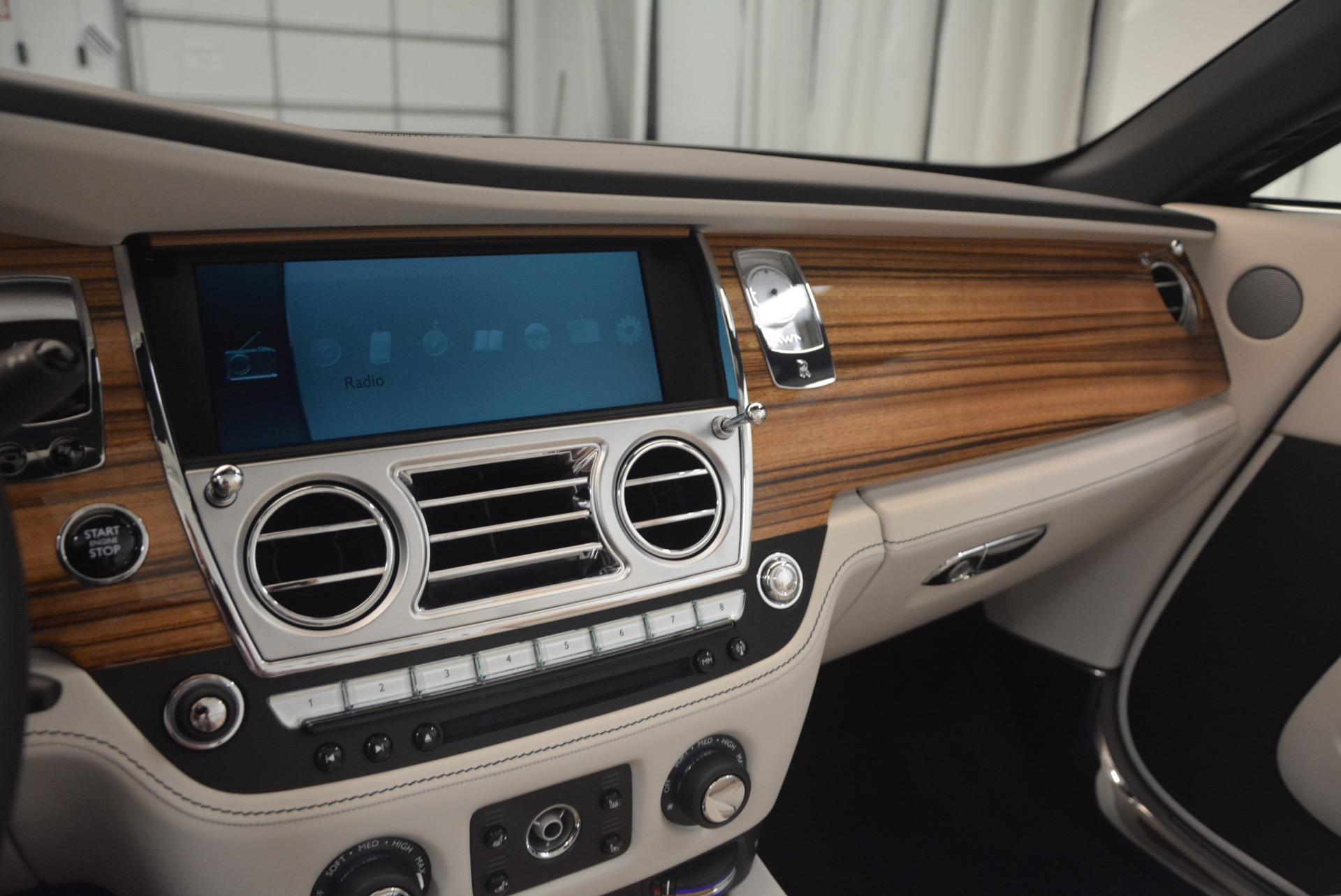 Used 2016 Rolls-Royce Dawn  For Sale In Greenwich, CT. Alfa Romeo of Greenwich, B1226A 1283_p36